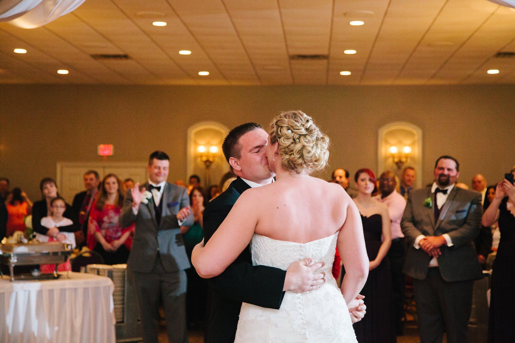 montdale_country_club_wedding_photos_photographer_scranton_pa7887.jpg