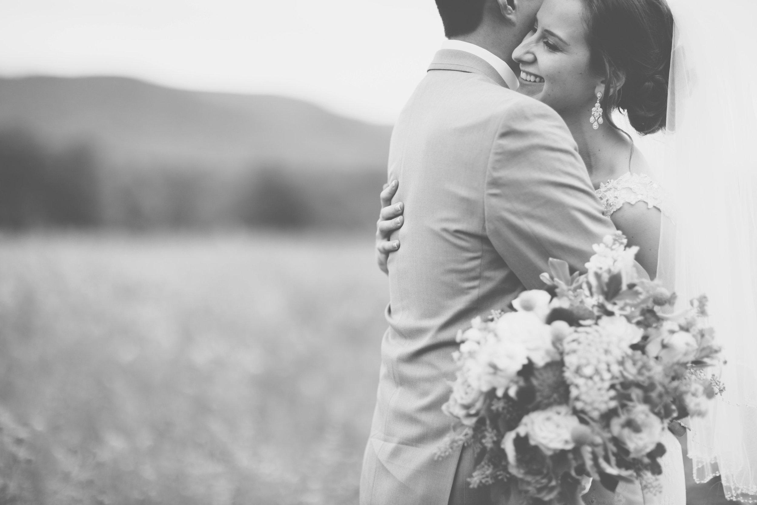 being human poconos pa wedding photographer