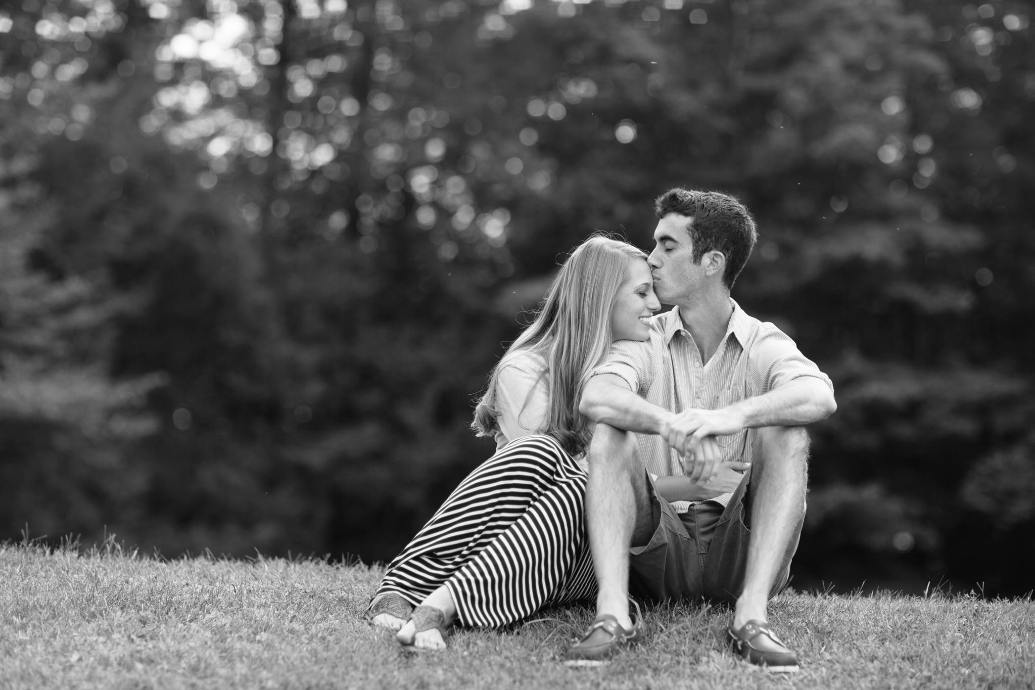 saddle_lake_engagement_session-22.jpg