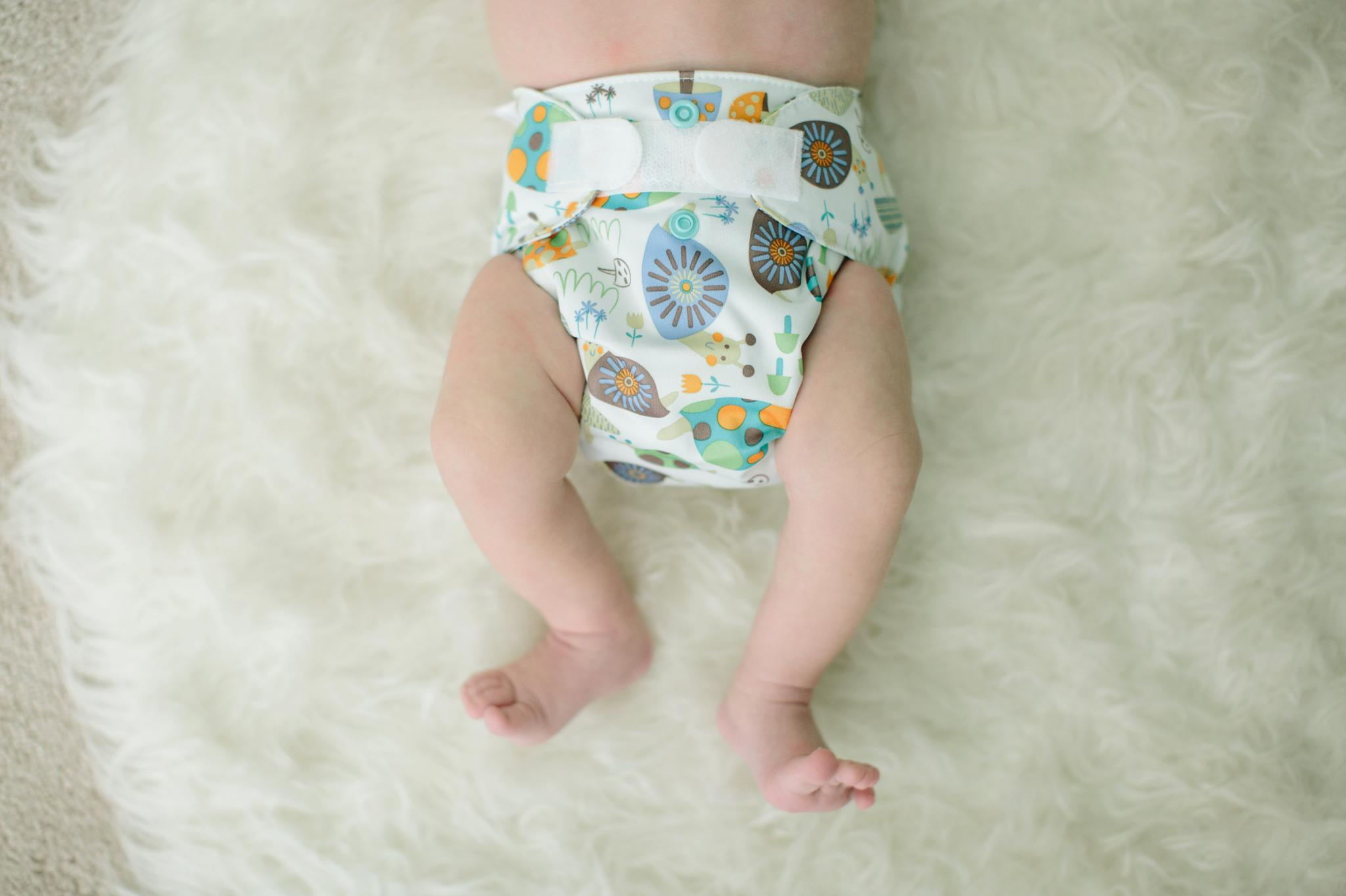 lil_joey_newborn_cloth_diaper_review_8540.jpg