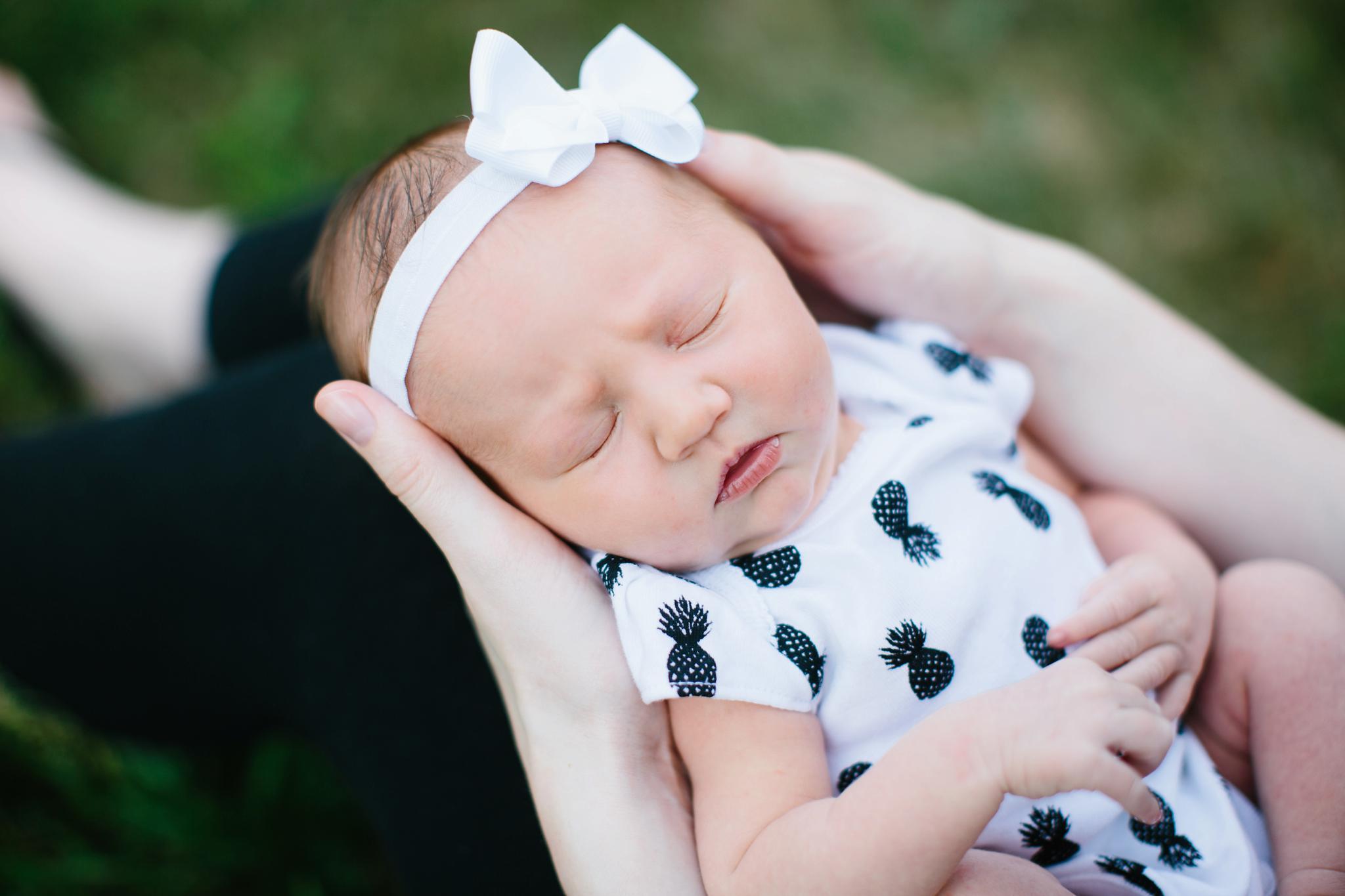 natural_light_newborn_photographer_pa_9067.jpg