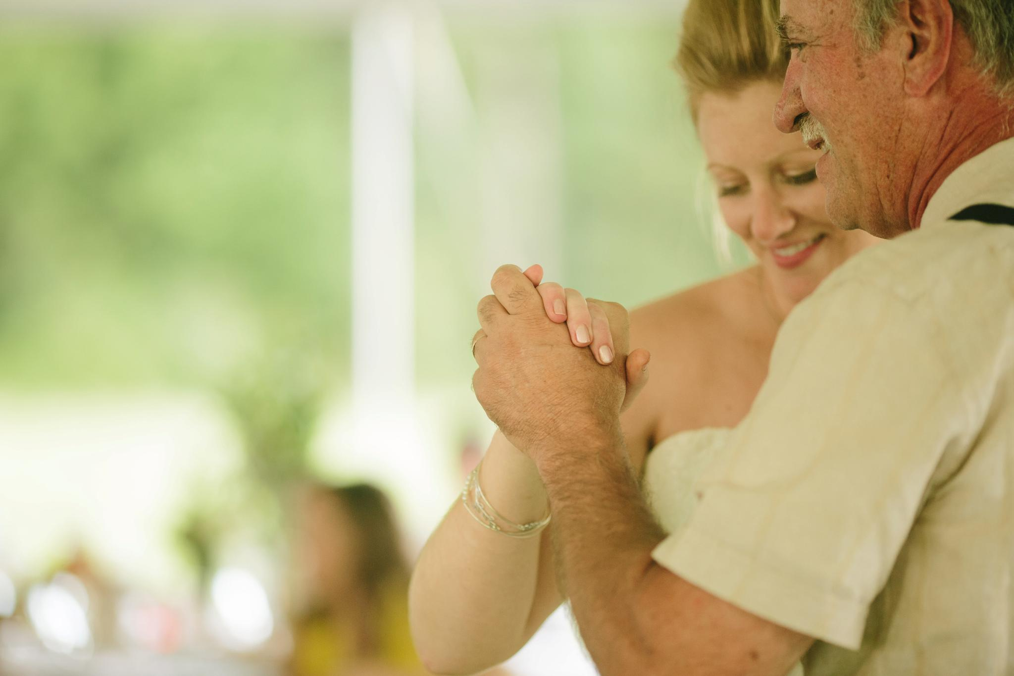 TUNKHANNOCK_PA_WEDDING_PHOTOGRAPHER_YOUNG_WEDDING_4294.jpg