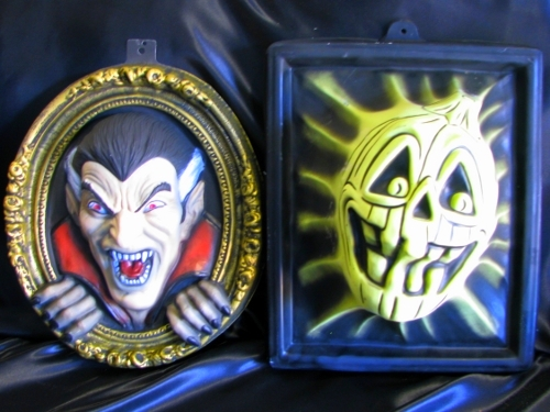 Plastic Scary Masks: (black light sensitive)