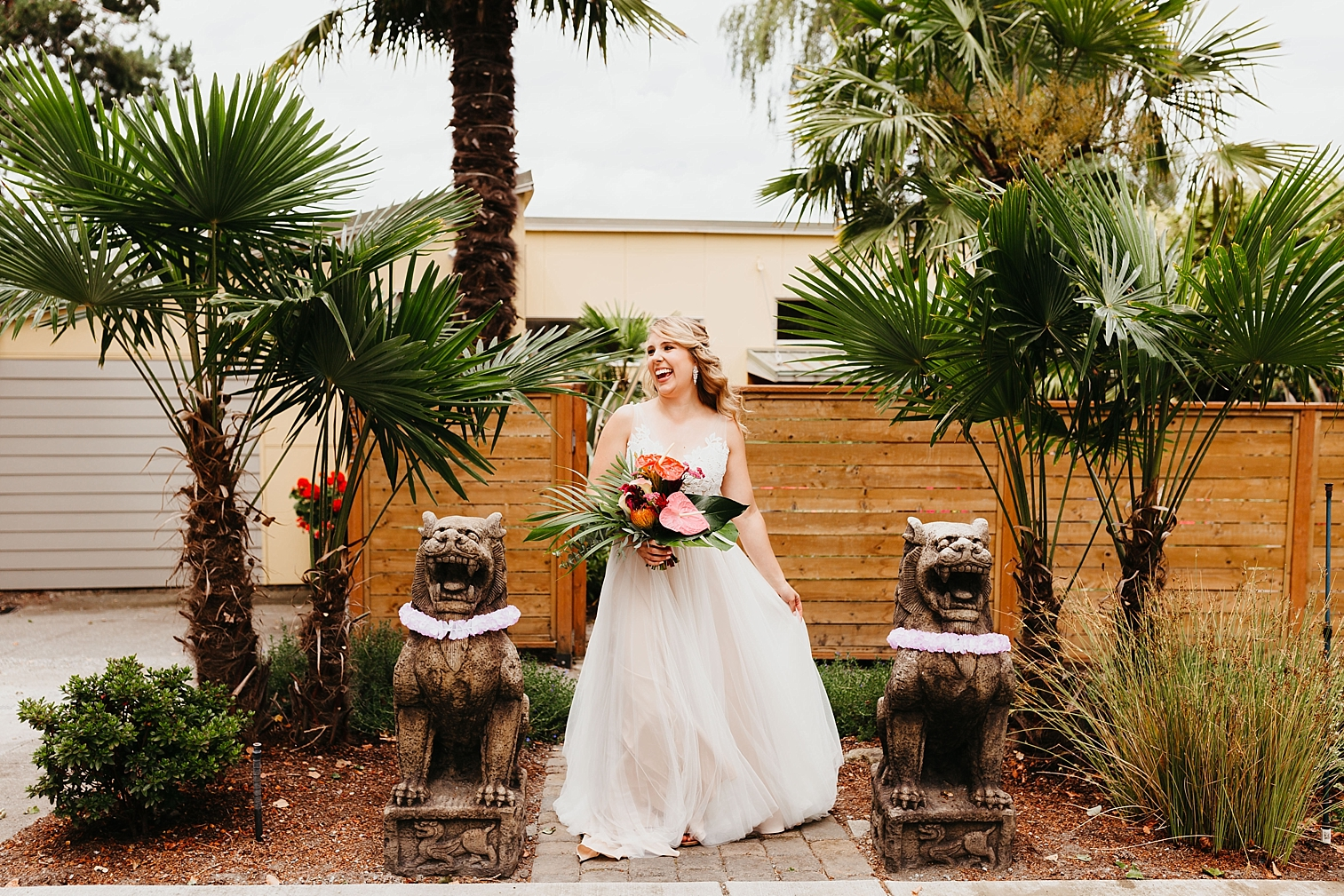 Tropical-Vintage-Within-Sodo-Wedding-19.jpg