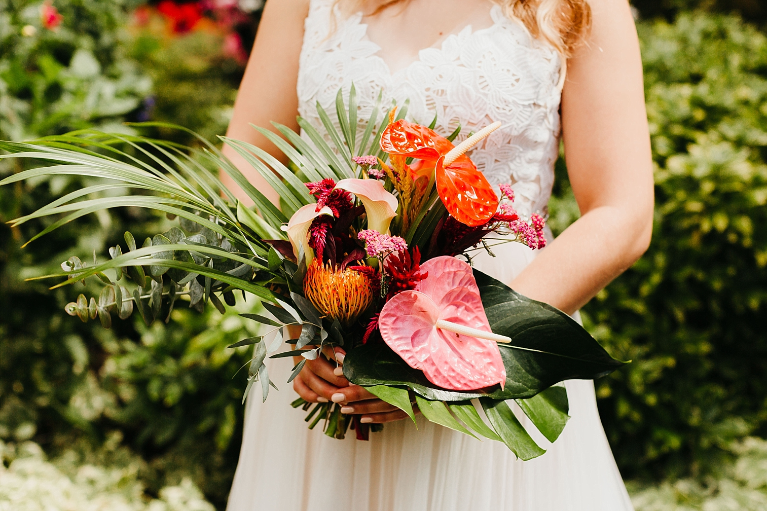 Tropical-Vintage-Within-Sodo-Wedding-21.jpg