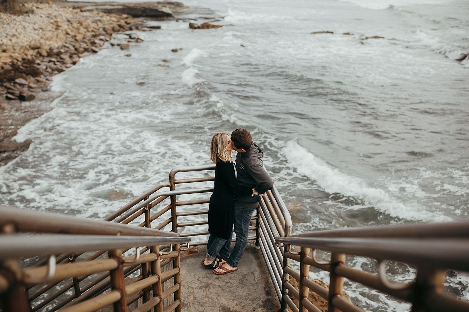 Sunset-Cliffs-Engagement_0007.jpg