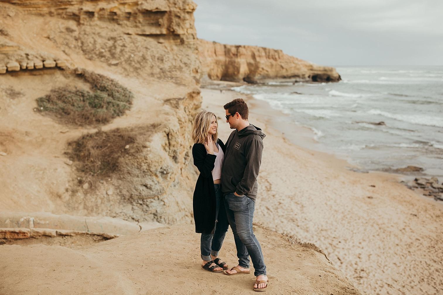 Sunset-Cliffs-Engagement_0013.jpg