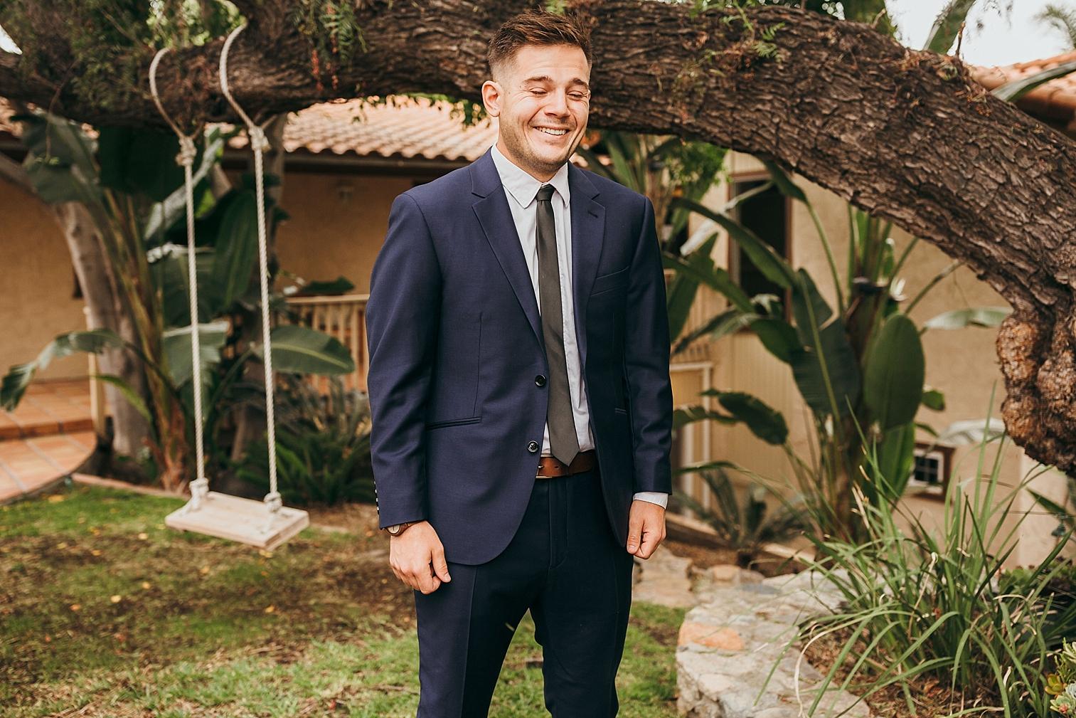 San-Diego-Backyard-Wedding_0011.jpg