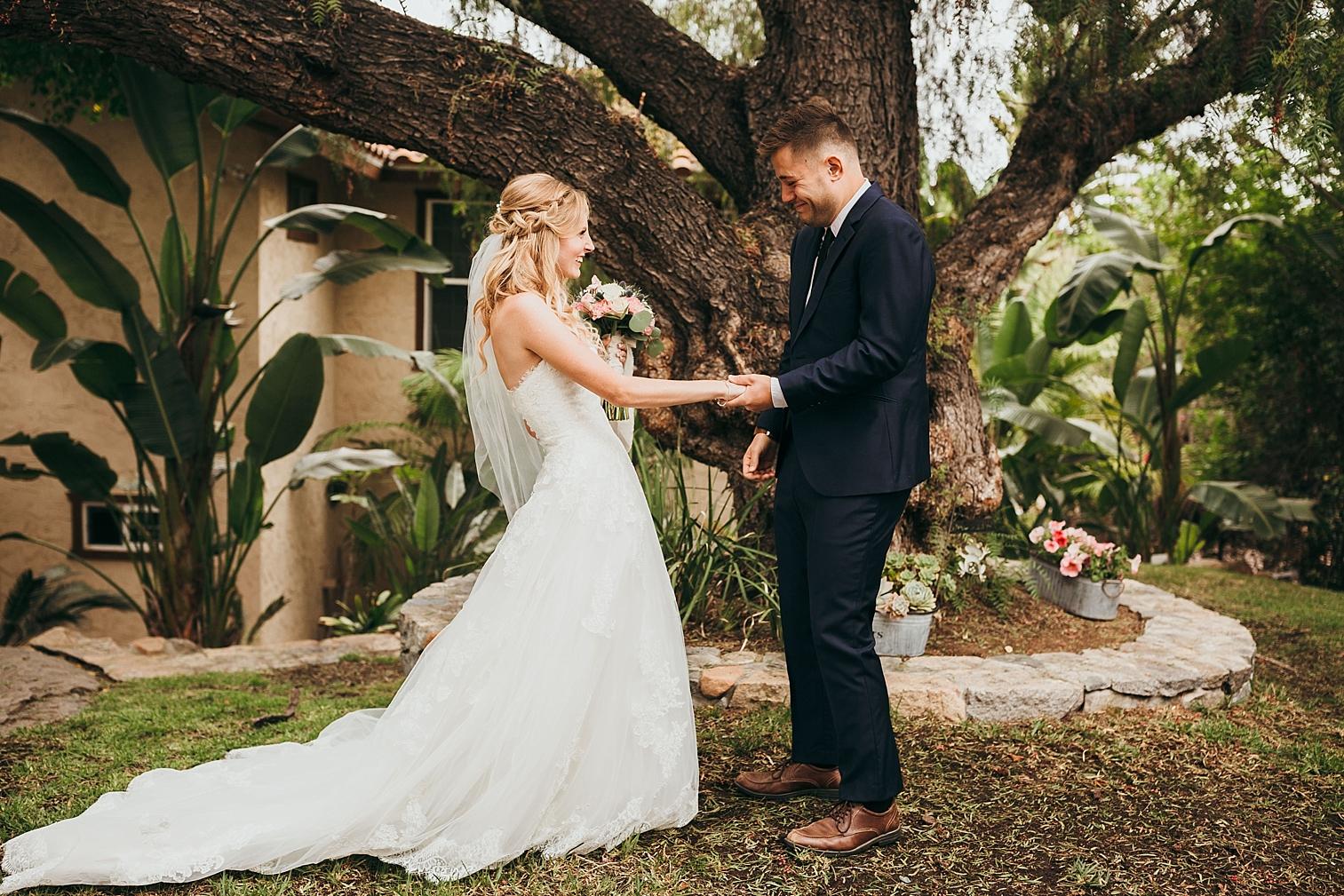 San-Diego-Backyard-Wedding_0014.jpg