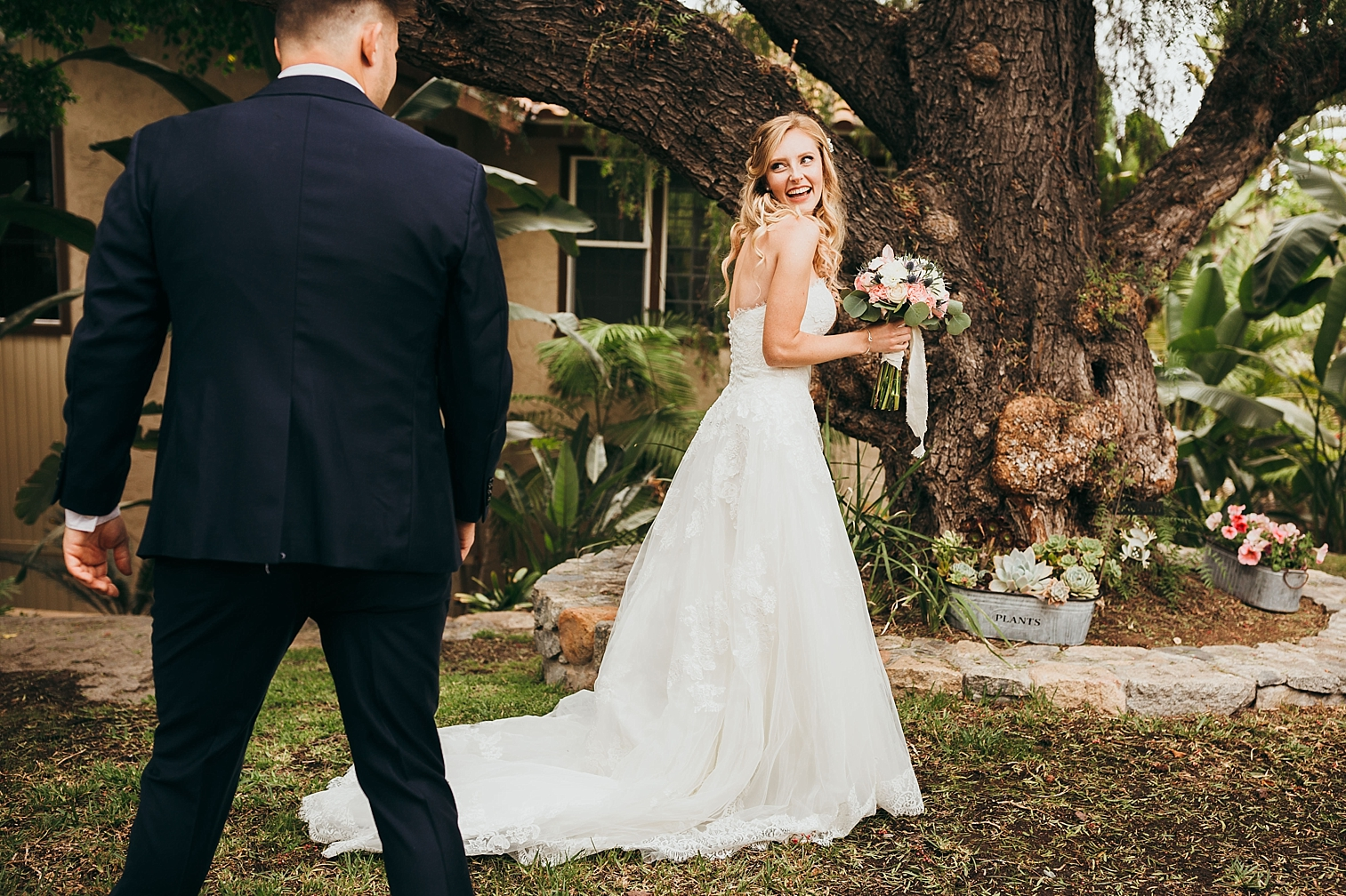 San-Diego-Backyard-Wedding_0016.jpg