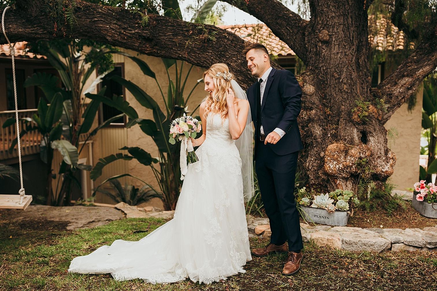 San-Diego-Backyard-Wedding_0018.jpg