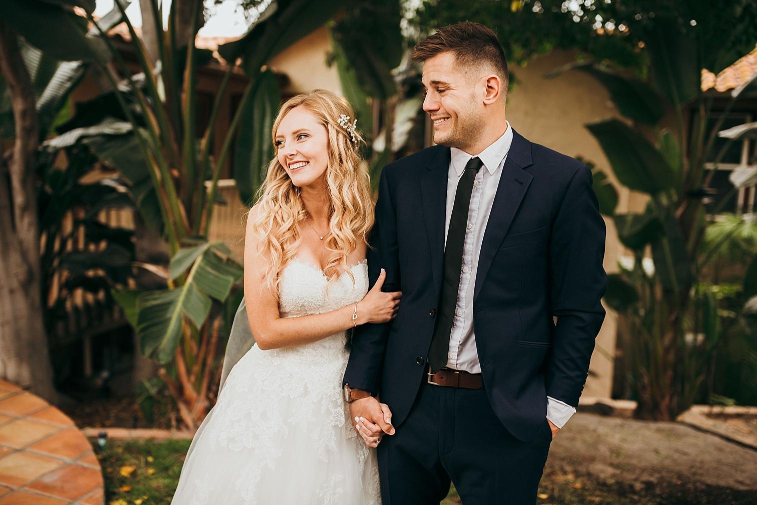San-Diego-Backyard-Wedding_0035.jpg