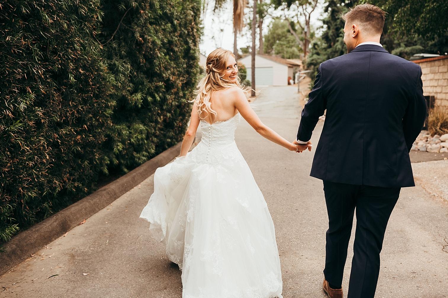 San-Diego-Backyard-Wedding_0100.jpg