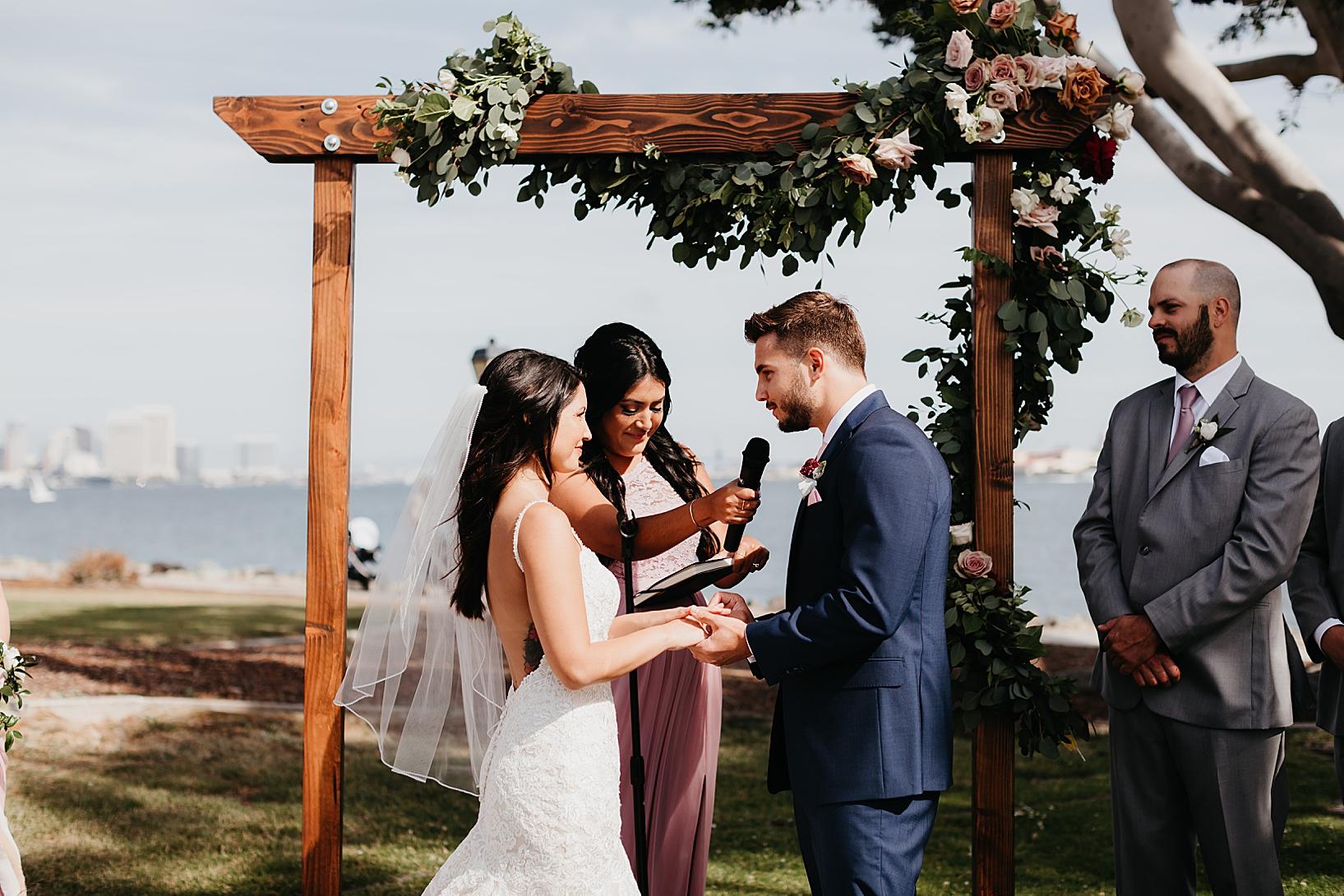 Harbor-Island-Brick-Wedding-44.jpg