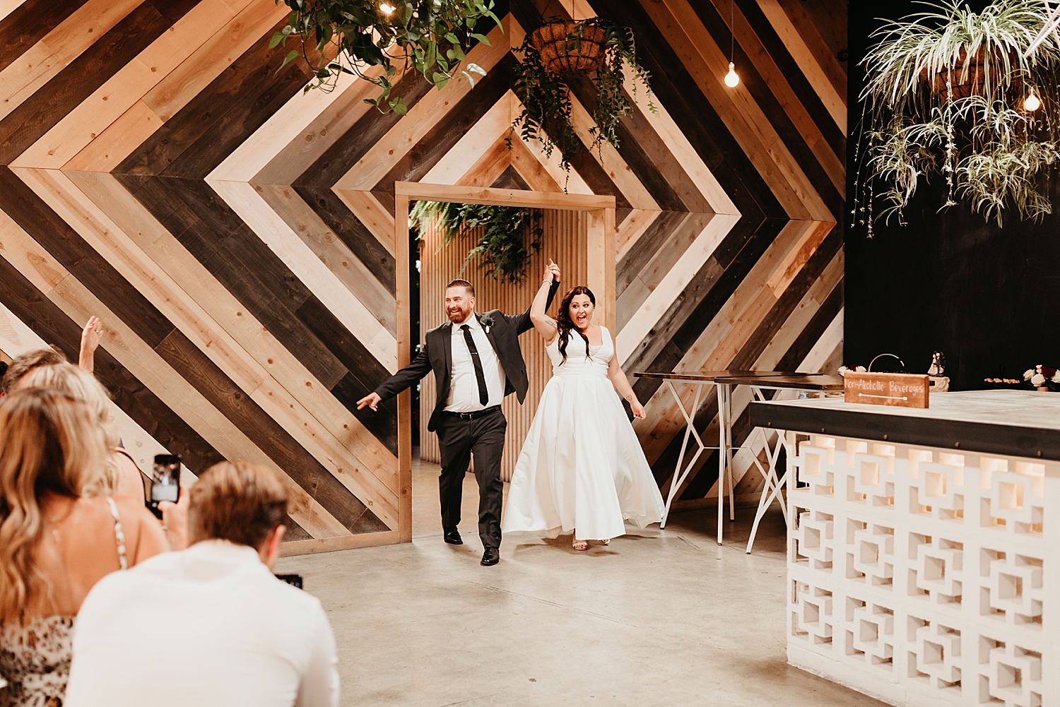 The-Wood-Shed-Booze-Brothers-Wedding-86.jpg