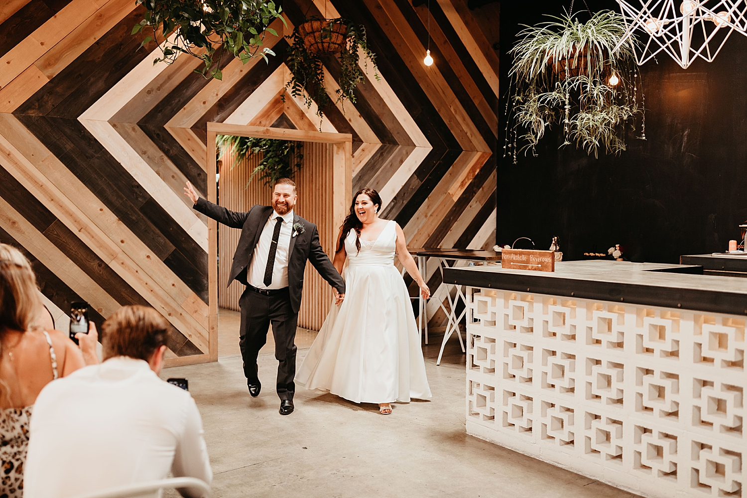 The-Wood-Shed-Booze-Brothers-Wedding-87.jpg