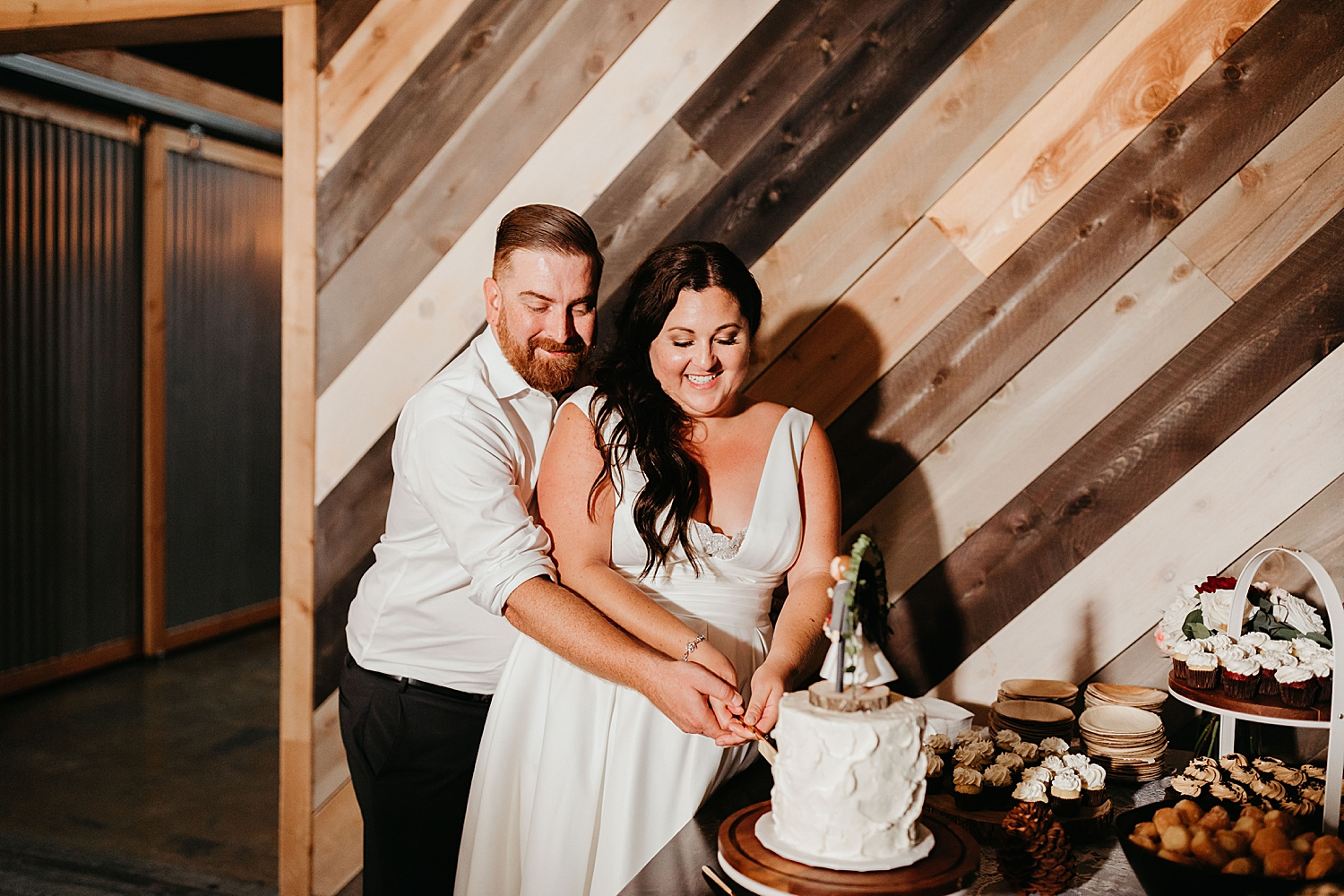 The-Wood-Shed-Booze-Brothers-Wedding-107.jpg