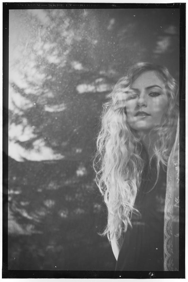 LYON-Indian-Summer-Toronto-Electronic-Indie-Pop-Paul-Steward-Photography-6.jpg