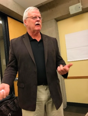Dr. Larry Myatt leads a data discussion.
