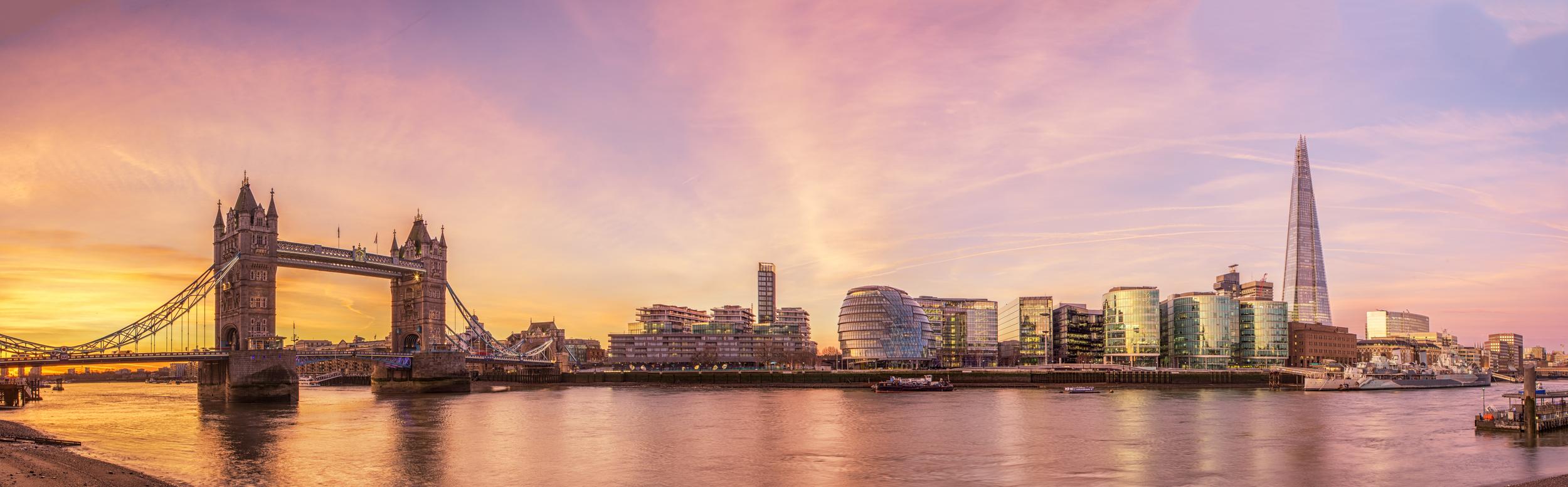 Tower Bridge Sunrise - Stuart Bennett.jpg