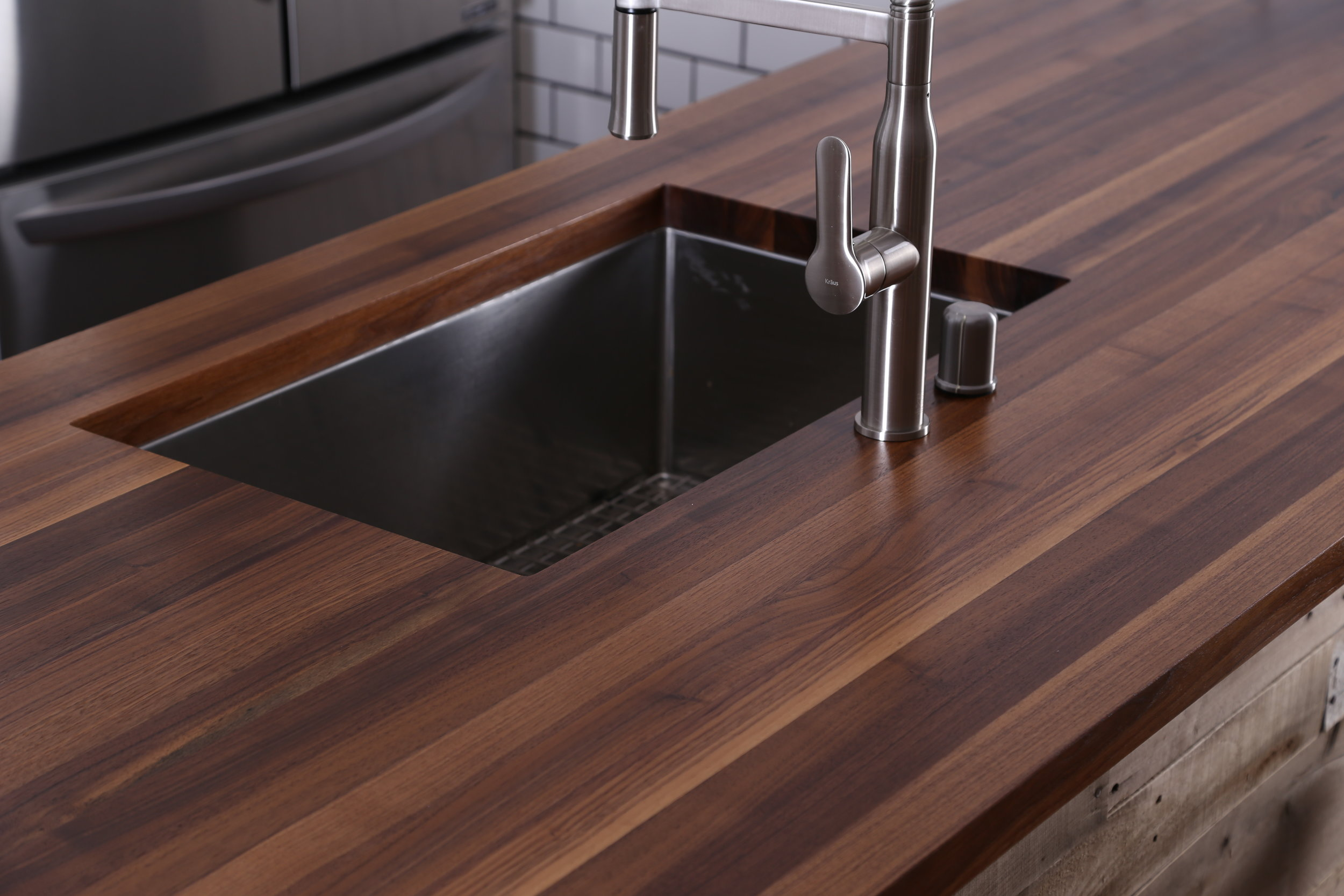 Walnut edge grain countertop