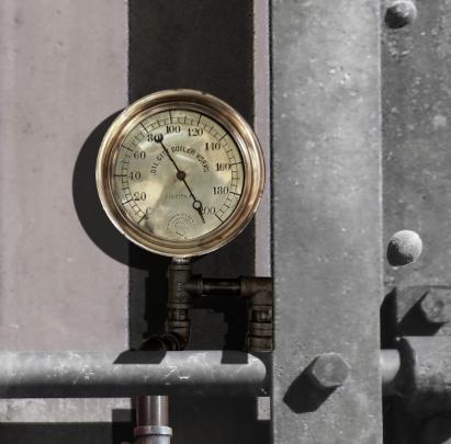 steampunk door gauge.png