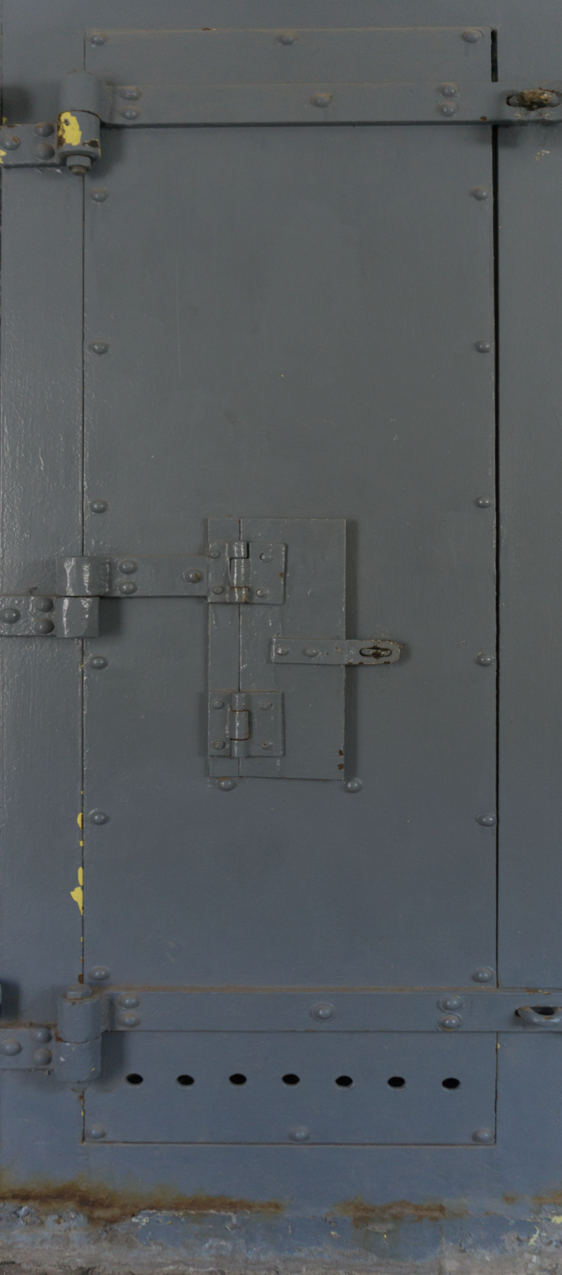 Grey Prison Door with Closed Window Door Wrap.png