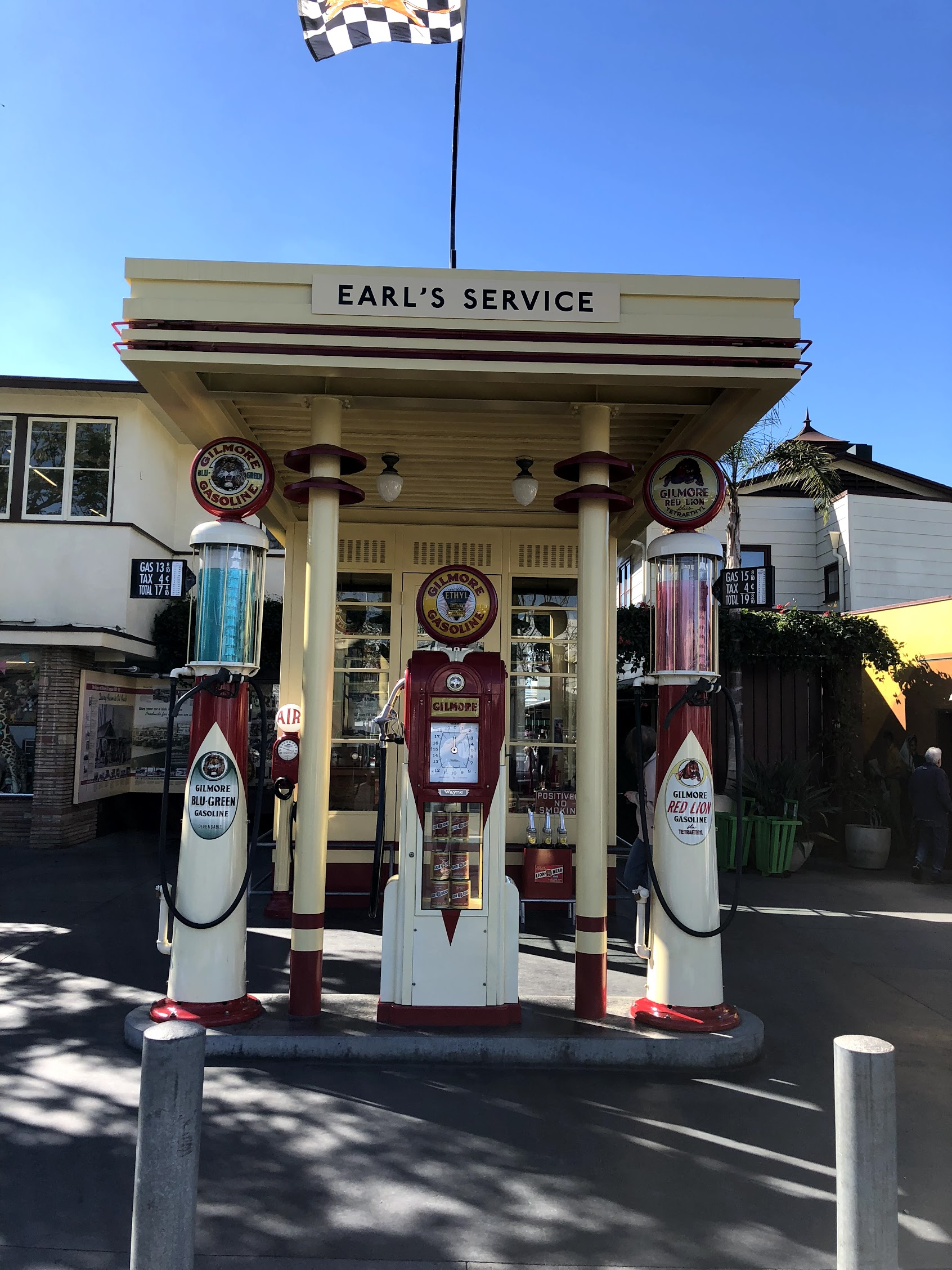 Gilmore Gasoline station