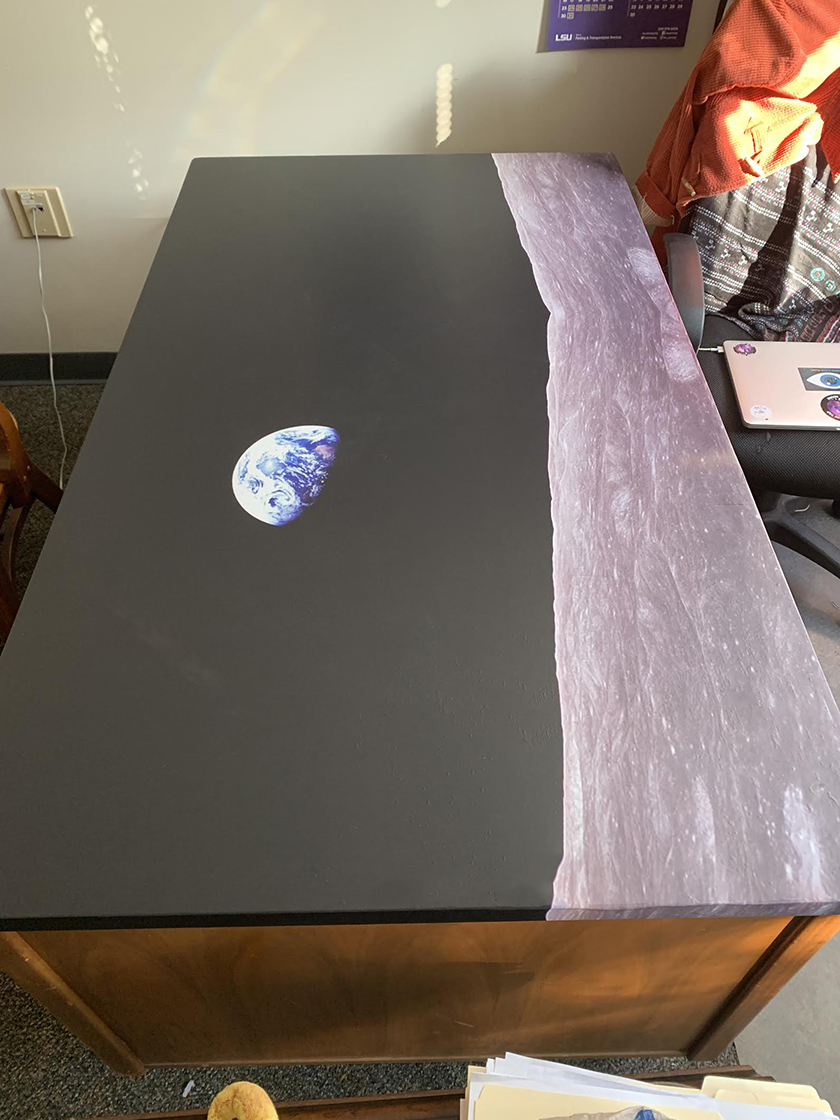 On the Moon, Table Wrap, Rm wraps, Earth view