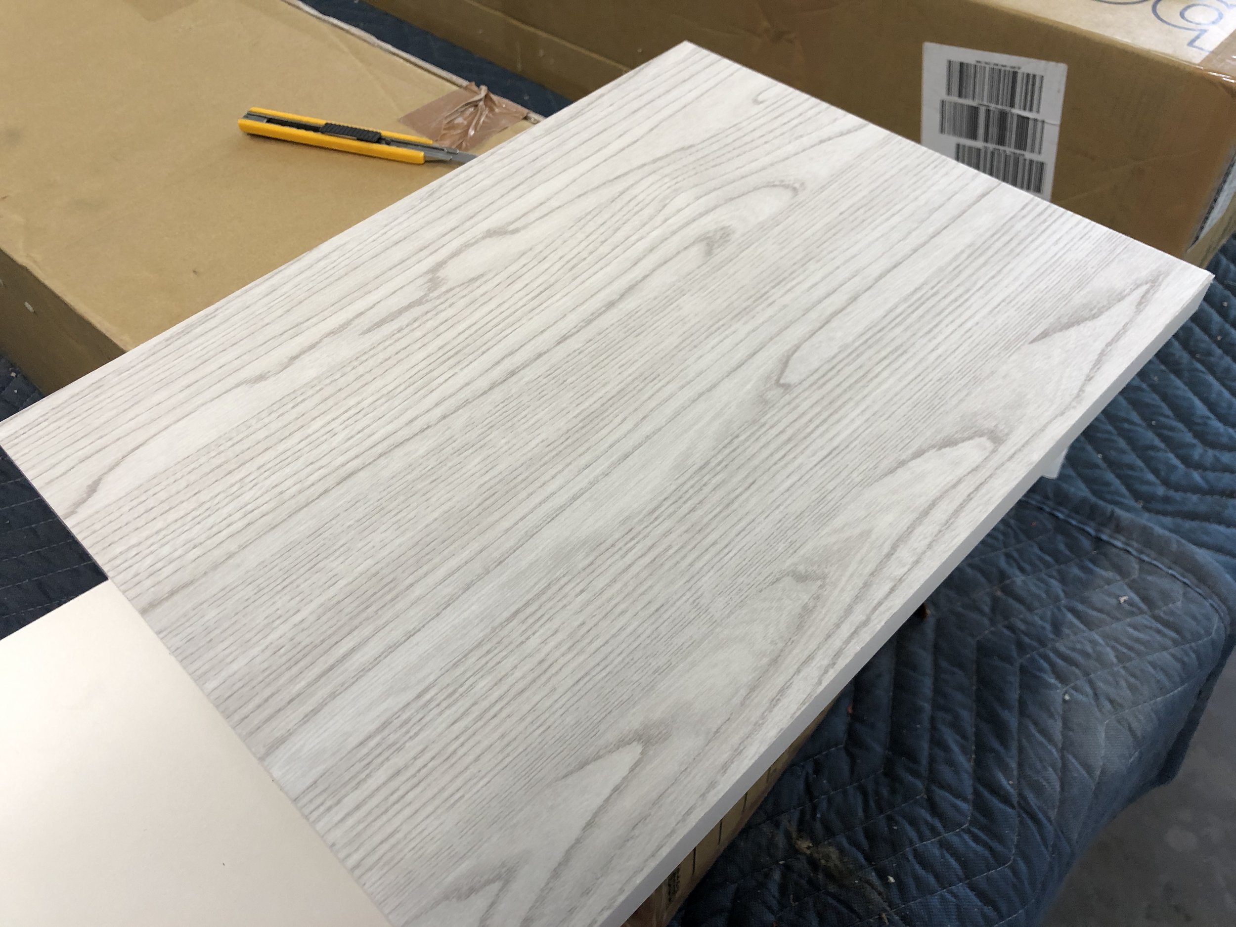 sw 127, Belbien, White wood grain, rm wraps, Grayish Elm, Super Real Wood, Architectural Finishes, decorative surface finishes