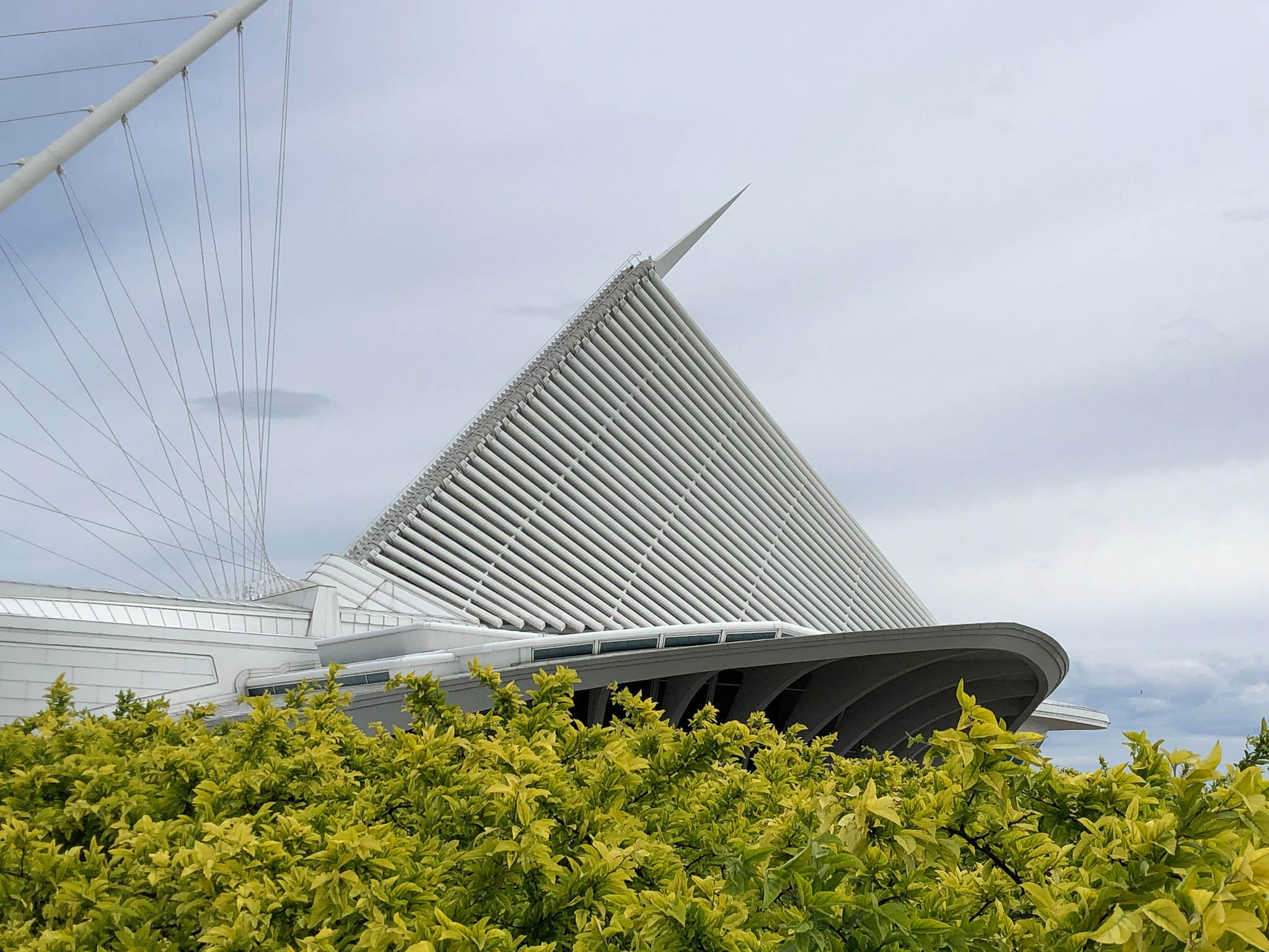 Milwaukee Art Museum outside