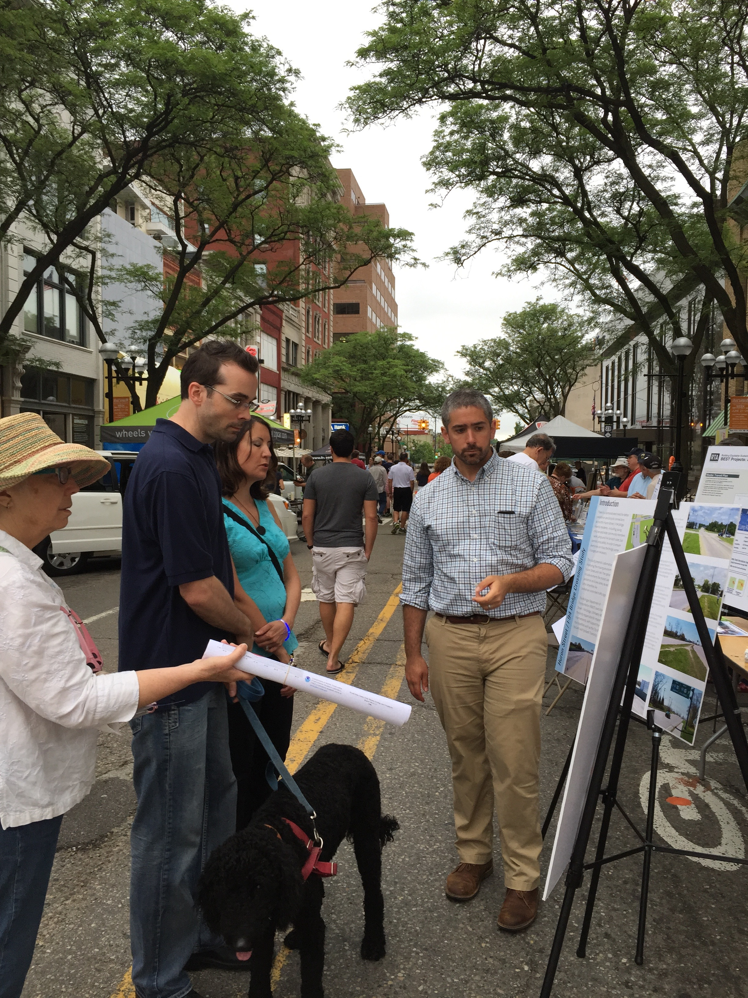 Transportation planner Mark Ferrall answering questions about the Huron over I-94 design project.