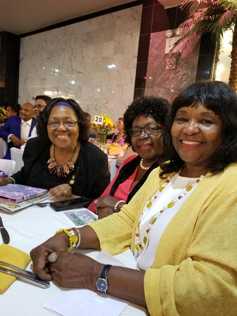 Glennie, Hazel Wilson, and Gloria .jpg