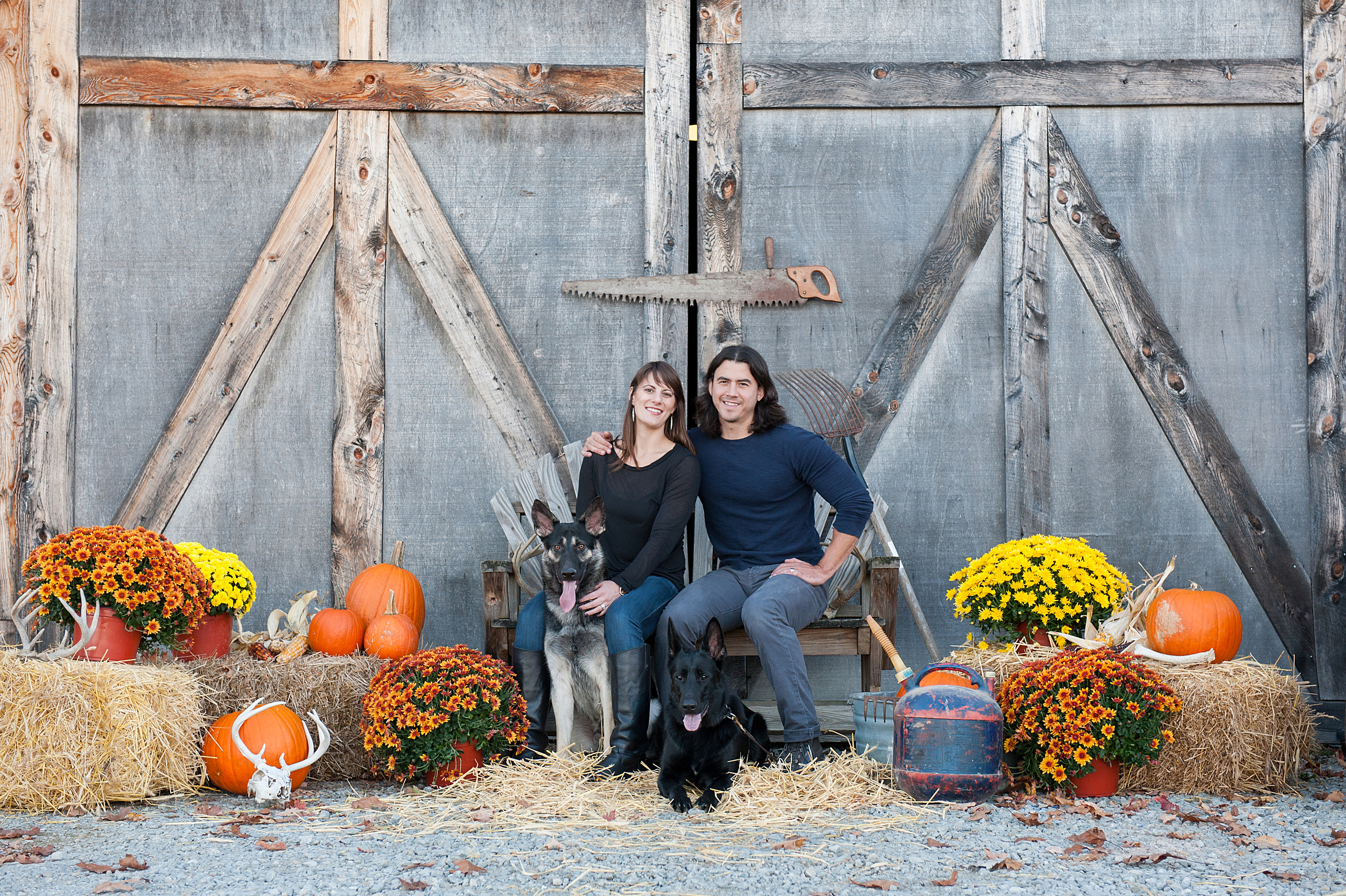 fall-family-photos-with-pets-015.jpg