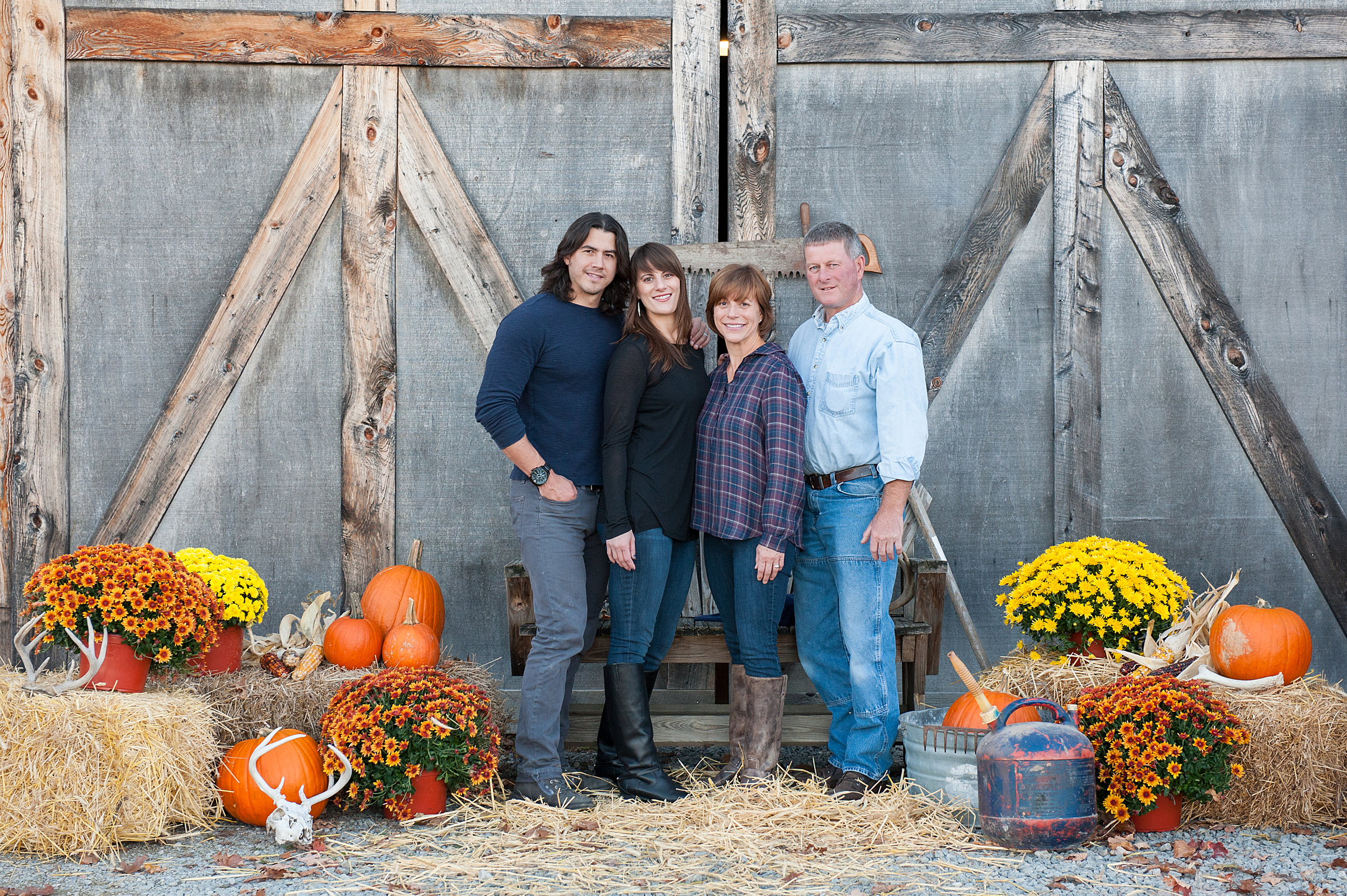fall-family-photos-with-pets-017.jpg