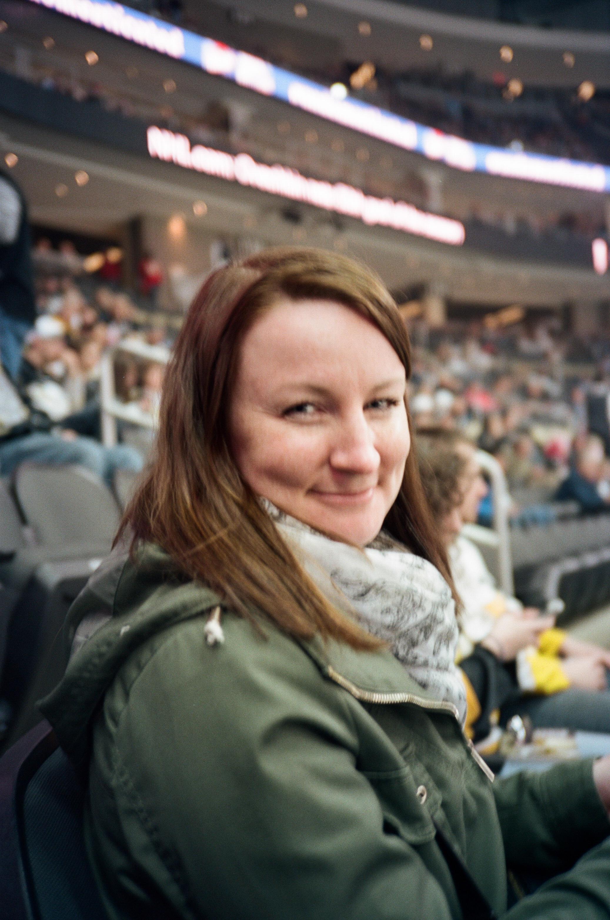 Hockey-Night-In-Pittsburgh-Film-Photography-Karlsson-018.jpg