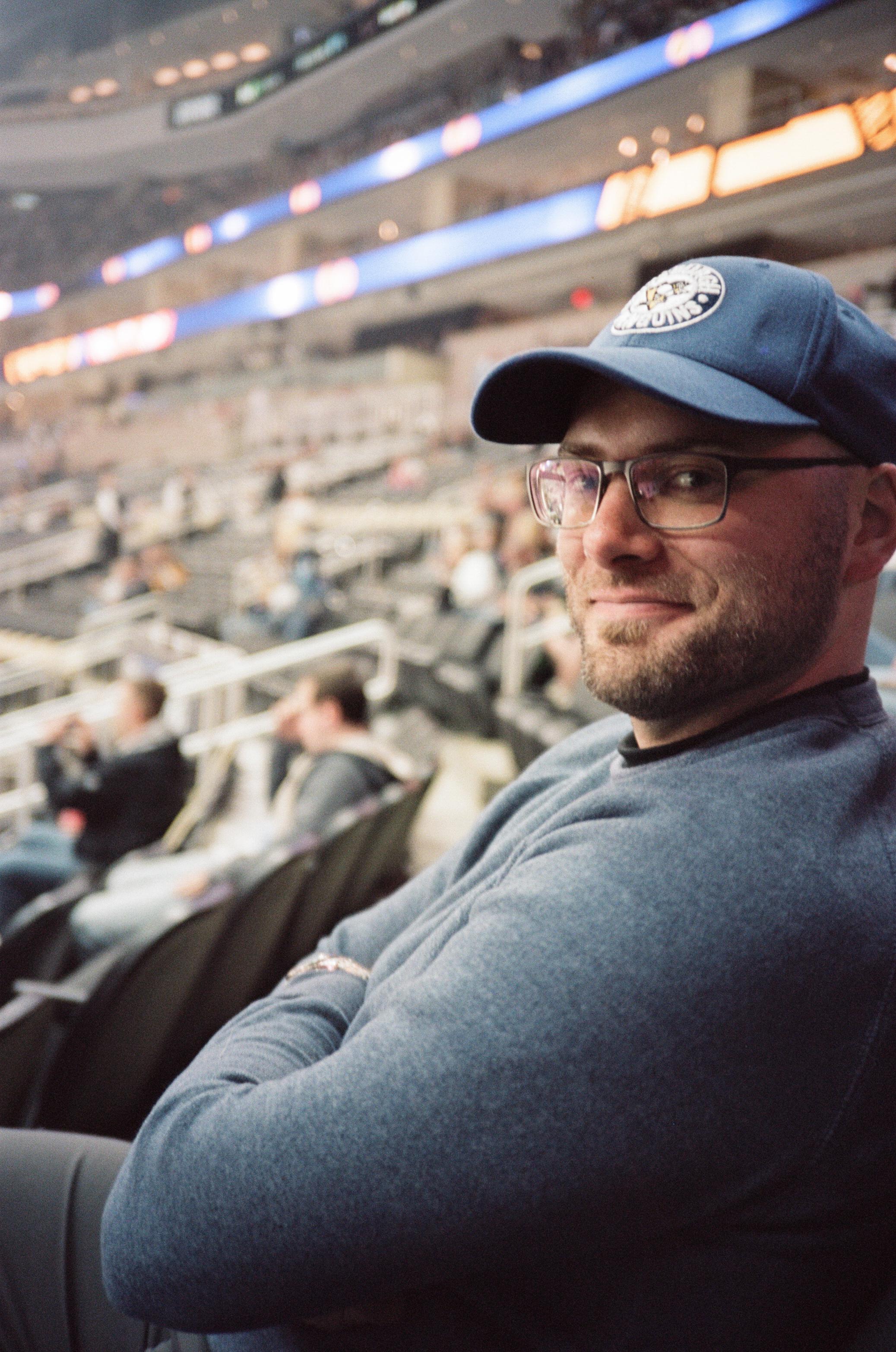 Hockey-Night-In-Pittsburgh-Film-Photography-Karlsson-020.jpg