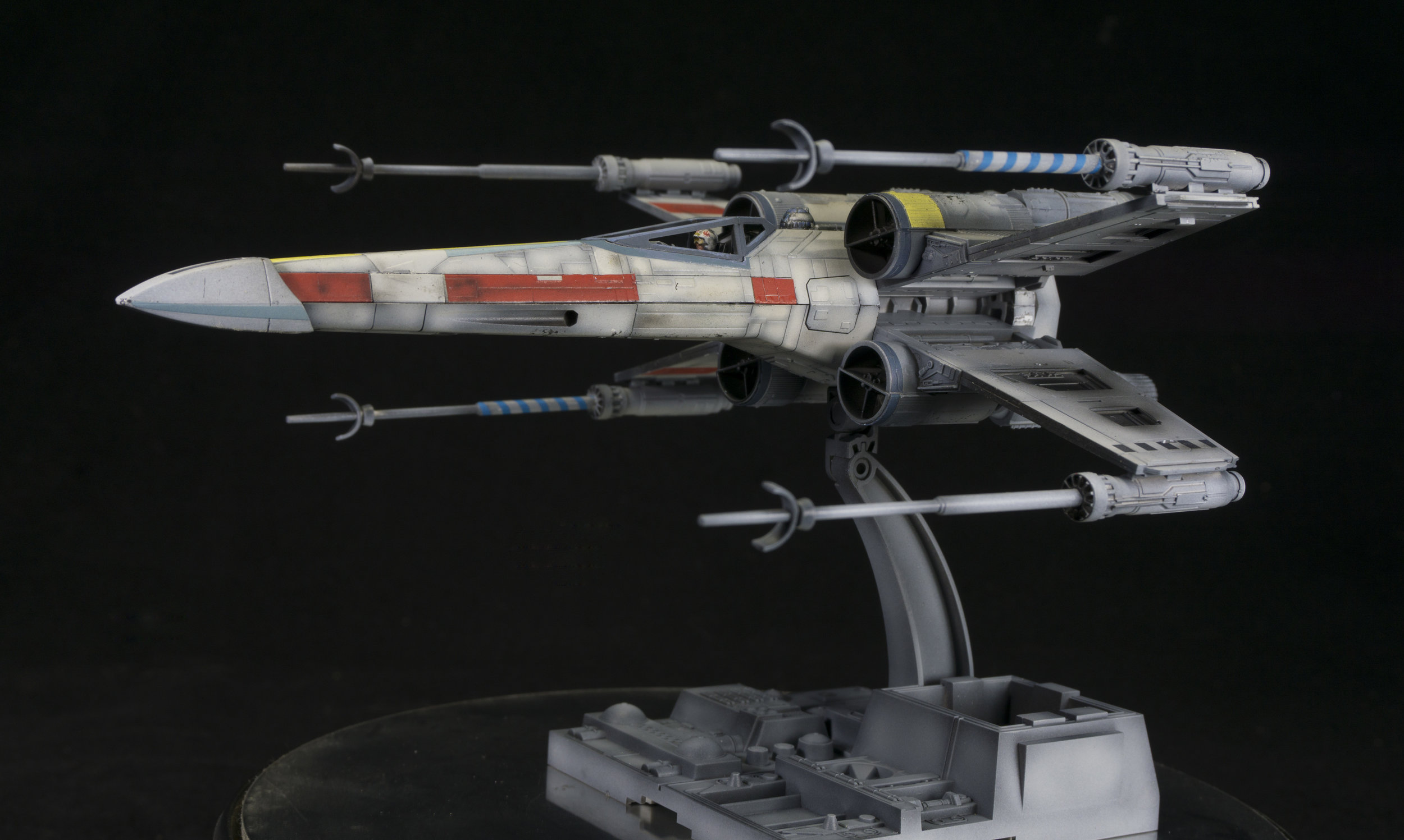 Bandai 1/72 scale X-Wing