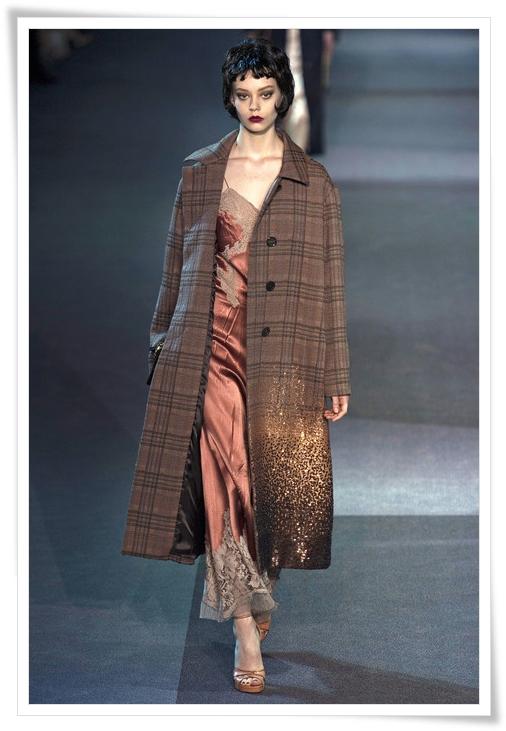 louis-vuitton-plaid-coat-fall-2013.JPG