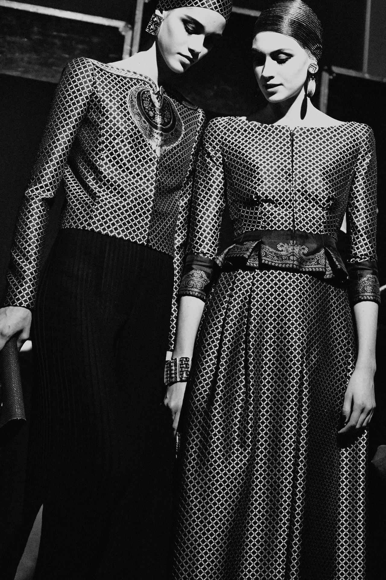 Paris-Haute-Couture-Spring-2014-Armani-Prive-1.jpg