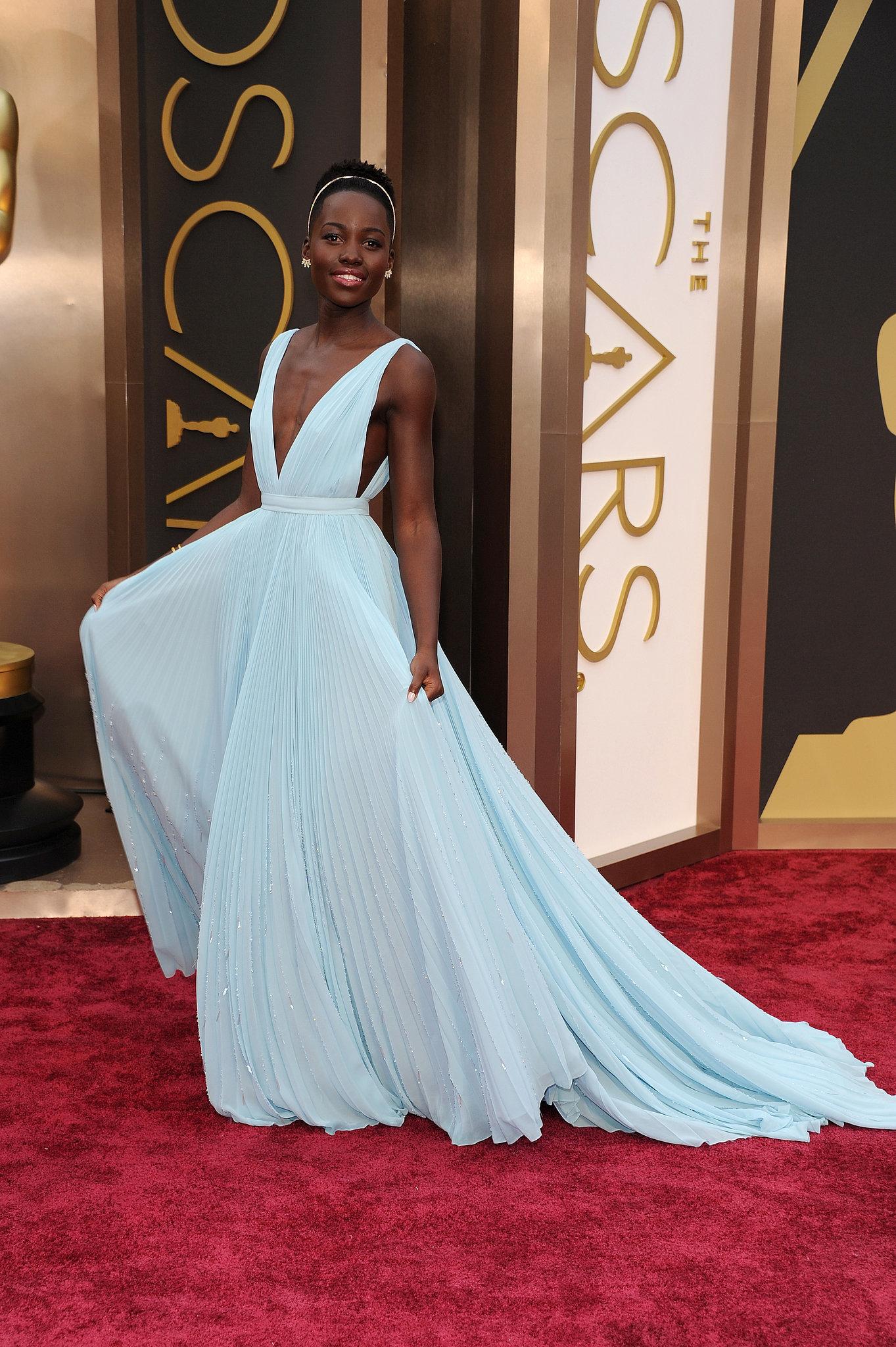 Lupita-Nyongo-Prada-Dress-Oscars-2014-02.jpg