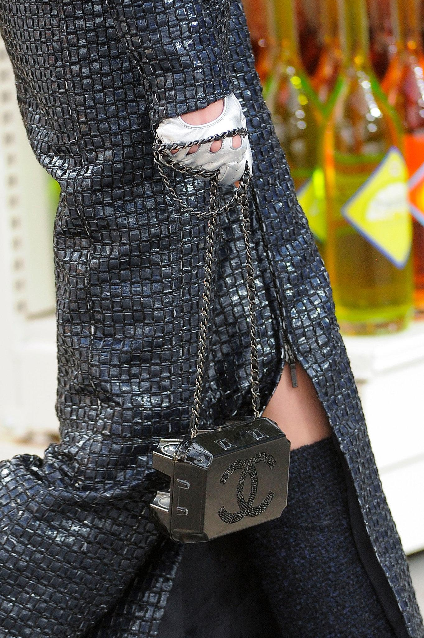Chanel-Fall-2014-16.JPG