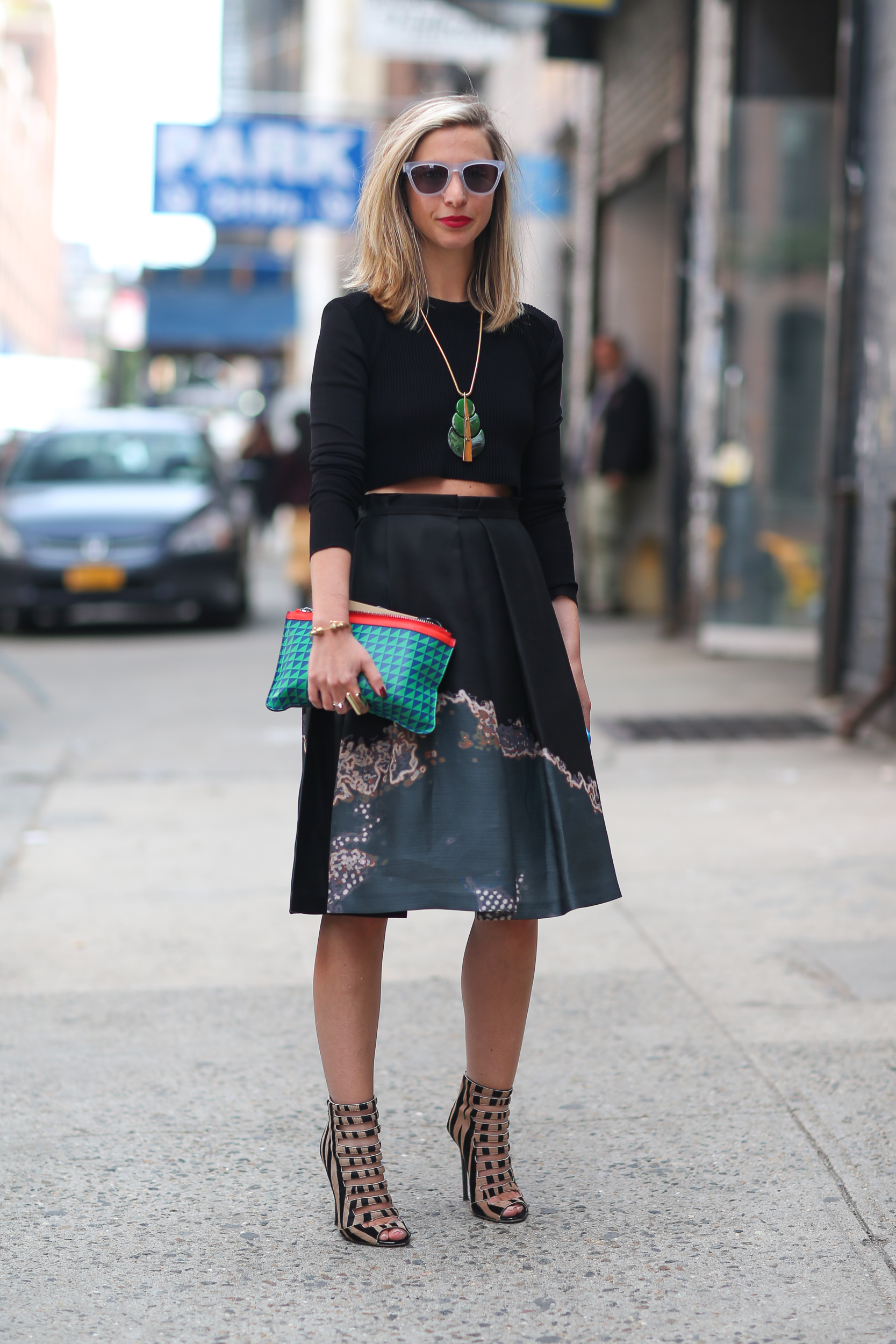 How_To_Wear_Full_Skirts