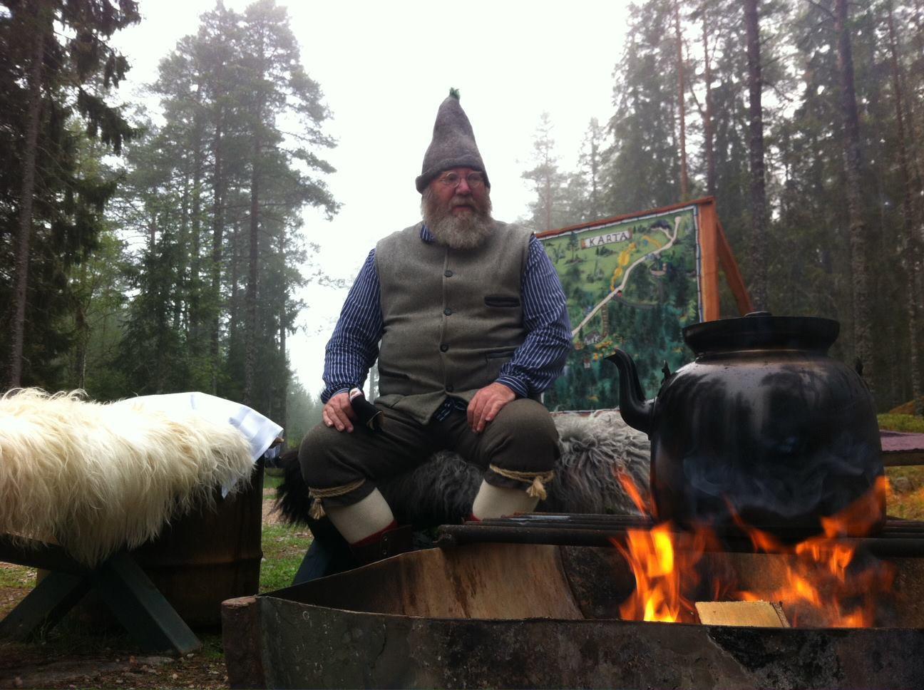 Trolska Skogens hustomte besöker Midvinterglöd!  www.trolskaskogen.se