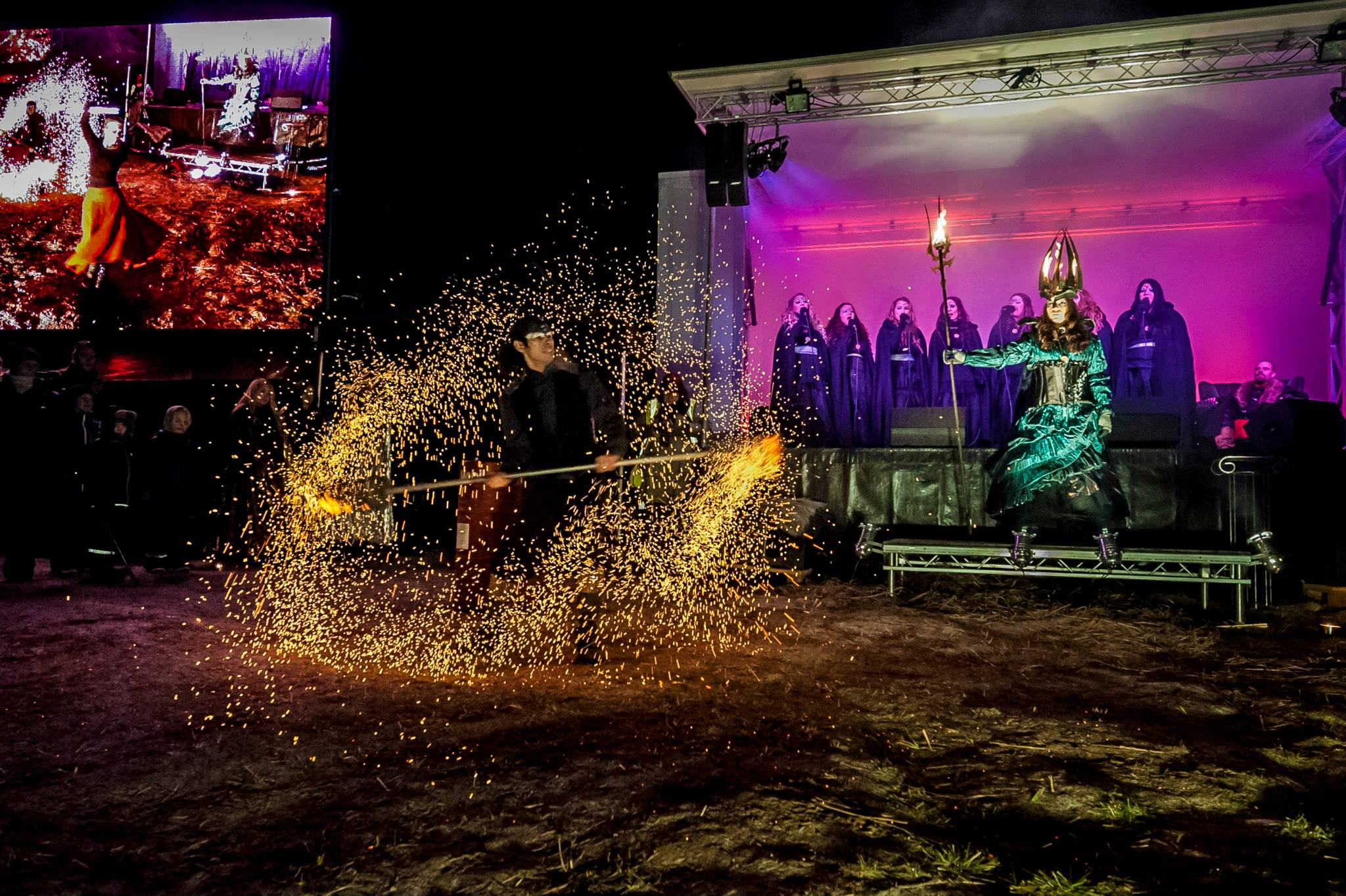Ledskärm och mobil scen som www.pro-stage.se hade med sig till Midvinterglöd. Foto: Martin Burmester