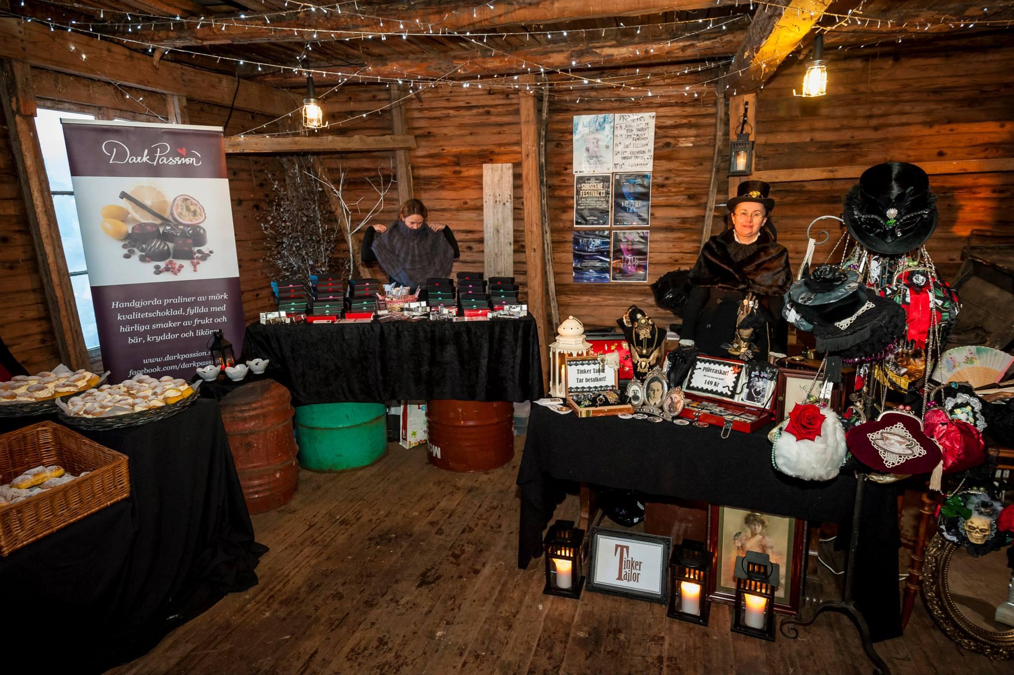 Midvinterglöds julmarknad, redo att öppna portarna för besökarna. Foto: Martin Burmester