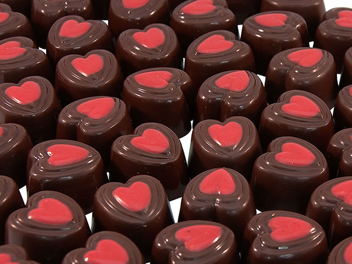 DarkPassion från Gnarp medverkar med sina smarriga och vackra chokladpraliner på årets Julmarknad under Midvinterglöd.