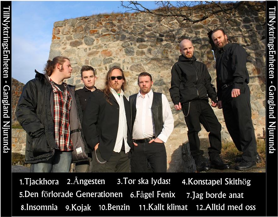 TillNyktringsEnheten på plats med sina PunkProggskivor på Midvinterglöd 2012 i Jättendal.