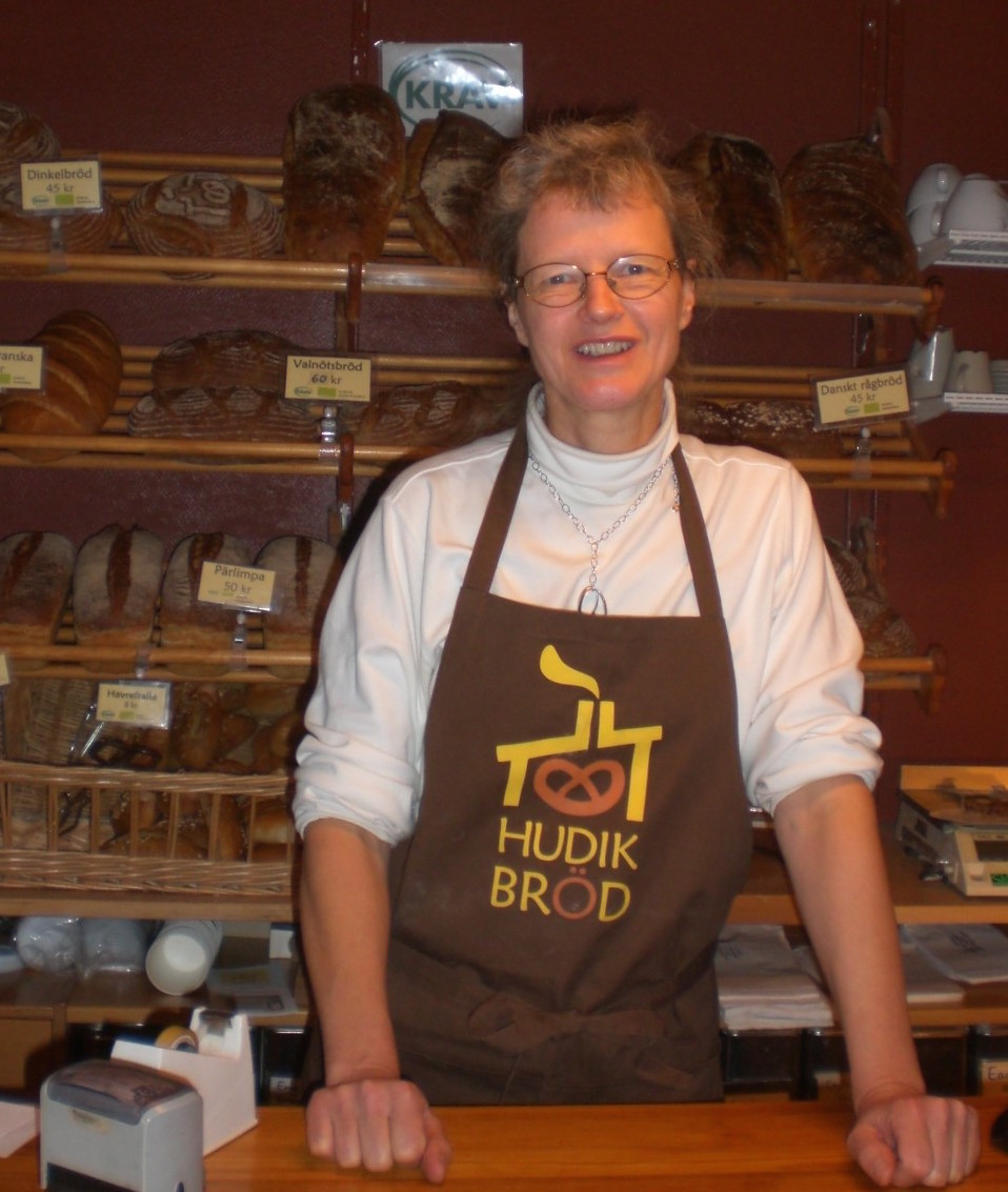 Dorothea Guth medverkar på Midvinterglöd där hon säljer Hudik Bröd den 10 december i Jättendal