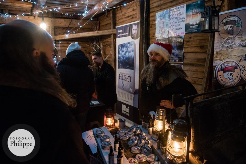 Broder Joe ställer ut sina skäggprodukter på Midvinterglöds julmarknad.